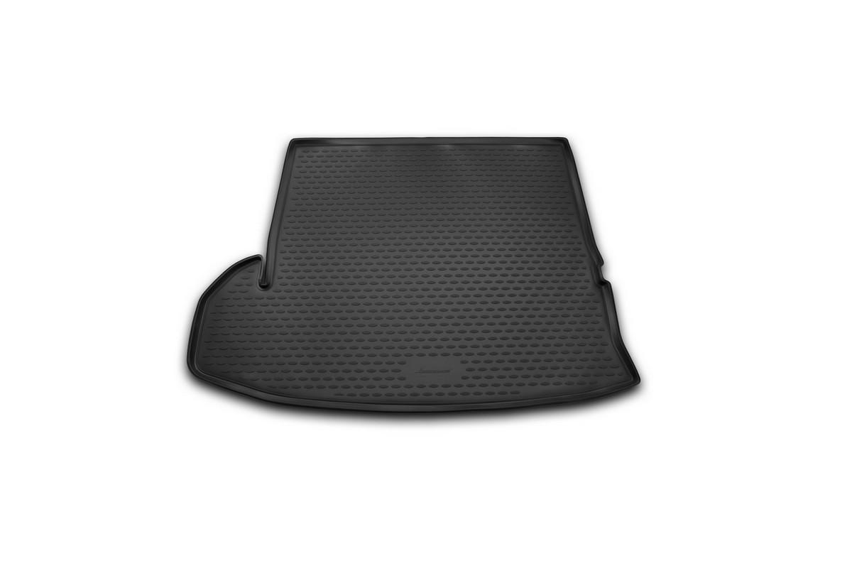 Коврик автомобильный Novline-Autofamily для Toyota Highlander внедорожник 2014-, в багажникNLC.48.75.G13Автомобильный коврик Novline-Autofamily, изготовленный из полиуретана, позволит вам без особых усилий содержать в чистоте багажный отсек вашего авто и при этом перевозить в нем абсолютно любые грузы. Этот модельный коврик идеально подойдет по размерам багажнику вашего автомобиля. Такой автомобильный коврик гарантированно защитит багажник от грязи, мусора и пыли, которые постоянно скапливаются в этом отсеке. А кроме того, поддон не пропускает влагу. Все это надолго убережет важную часть кузова от износа. Коврик в багажнике сильно упростит для вас уборку. Согласитесь, гораздо проще достать и почистить один коврик, нежели весь багажный отсек. Тем более, что поддон достаточно просто вынимается и вставляется обратно. Мыть коврик для багажника из полиуретана можно любыми чистящими средствами или просто водой. При этом много времени у вас уборка не отнимет, ведь полиуретан устойчив к загрязнениям. Если вам приходится перевозить в багажнике тяжелые грузы,...