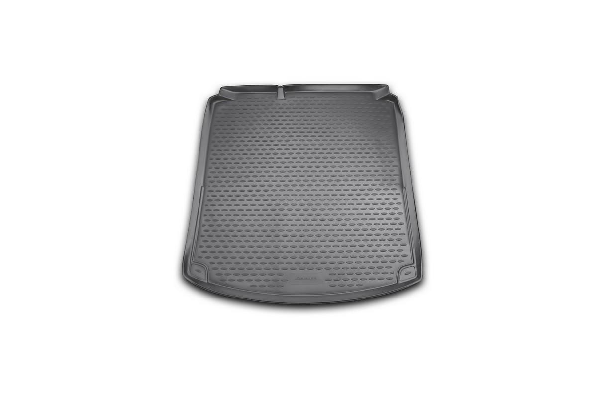 Коврик автомобильный Novline-Autofamily для Volkswagen Jetta Highline седан 2011-2015, 2015-, в багажник, без кармановNLC.51.35.B10Автомобильный коврик Novline-Autofamily, изготовленный из полиуретана, позволит вам без особых усилий содержать в чистоте багажный отсек вашего авто и при этом перевозить в нем абсолютно любые грузы. Этот модельный коврик идеально подойдет по размерам багажнику вашего автомобиля. Такой автомобильный коврик гарантированно защитит багажник от грязи, мусора и пыли, которые постоянно скапливаются в этом отсеке. А кроме того, поддон не пропускает влагу. Все это надолго убережет важную часть кузова от износа. Коврик в багажнике сильно упростит для вас уборку. Согласитесь, гораздо проще достать и почистить один коврик, нежели весь багажный отсек. Тем более, что поддон достаточно просто вынимается и вставляется обратно. Мыть коврик для багажника из полиуретана можно любыми чистящими средствами или просто водой. При этом много времени у вас уборка не отнимет, ведь полиуретан устойчив к загрязнениям. Если вам приходится перевозить в багажнике тяжелые грузы,...