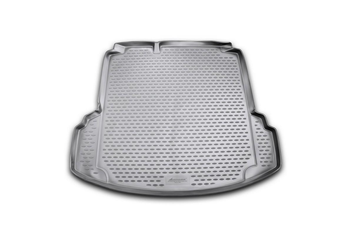 Коврик автомобильный Novline-Autofamily для Volkswagen Jetta Conceptline / Conceptline Plus / Trendline седан 2011-2015, 2015-, в багажник, с карманамиNLC.51.36.B10Автомобильный коврик Novline-Autofamily, изготовленный из полиуретана, позволит вам без особых усилий содержать в чистоте багажный отсек вашего авто и при этом перевозить в нем абсолютно любые грузы. Этот модельный коврик идеально подойдет по размерам багажнику вашего автомобиля. Такой автомобильный коврик гарантированно защитит багажник от грязи, мусора и пыли, которые постоянно скапливаются в этом отсеке. А кроме того, поддон не пропускает влагу. Все это надолго убережет важную часть кузова от износа. Коврик в багажнике сильно упростит для вас уборку. Согласитесь, гораздо проще достать и почистить один коврик, нежели весь багажный отсек. Тем более, что поддон достаточно просто вынимается и вставляется обратно. Мыть коврик для багажника из полиуретана можно любыми чистящими средствами или просто водой. При этом много времени у вас уборка не отнимет, ведь полиуретан устойчив к загрязнениям. Если вам приходится перевозить в багажнике тяжелые грузы,...