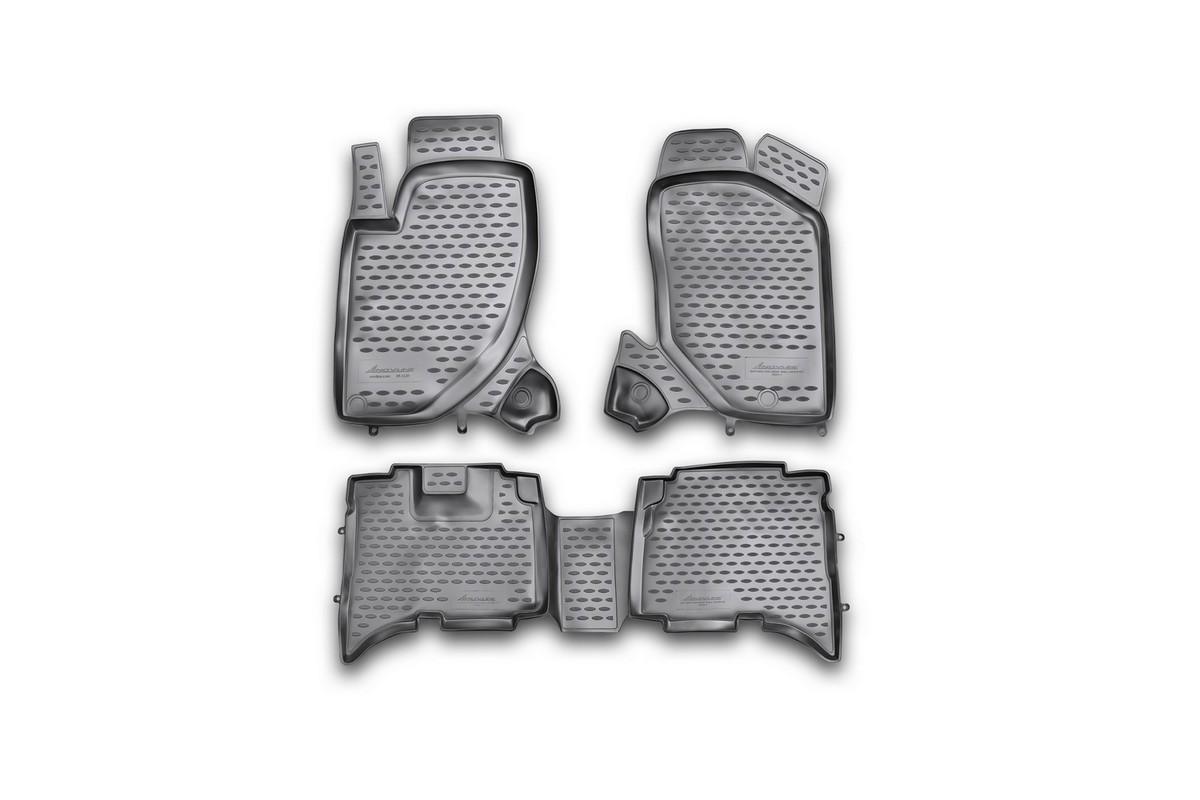 Набор автомобильных ковриков Novline-Autofamily для Great Wall Hover H5 TDA 2010-, в салон, 4 штNLC.59.13.210khНабор автомобильных ковриков Novline-Autofamily, изготовленный из полиуретана, состоит из 4 ковриков, которые учитывают все особенности каждой модели автомобиля и полностью повторяют контуры пола. Полиуретановые автомобильные коврики для салона произведены из высококачественного материала, который держит форму, прочный и не пачкает обувь. Коврики в салон не только улучшат внешний вид салона вашего автомобиля, но и надежно уберегут его от пыли, грязи и сырости, а значит, защитят кузов от коррозии. Полиуретановые коврики для автомобиля гладкие, приятные и не пропускают влагу. Ковры для автомобилей надежно крепятся на полу и не скользят, что очень важно во время движения. Чистятся коврики очень просто: как при помощи автомобильного пылесоса, так и различными моющими средствами. Набор подходит для Great Wall Hover H5 TDA c 2010 годов выпуска.