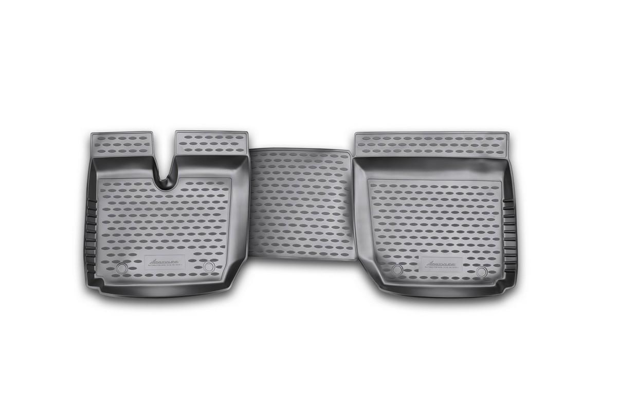 Набор автомобильных ковриков Novline-Autofamily для Avia D120 09/2010-, в салон, 2 штNLC.82.01.210kНабор автомобильных ковриков Novline-Autofamily, изготовленный из полиуретана, состоит из 2 ковриков, которые учитывают все особенности каждой модели автомобиля и полностью повторяют контуры пола. Полиуретановые автомобильные коврики для салона произведены из высококачественного материала, который держит форму, прочный и не пачкает обувь. Коврики в салон не только улучшат внешний вид салона вашего автомобиля, но и надежно уберегут его от пыли, грязи и сырости, а значит, защитят кузов от коррозии. Полиуретановые коврики для автомобиля гладкие, приятные и не пропускают влагу. Ковры для автомобилей надежно крепятся на полу и не скользят, что очень важно во время движения. Чистятся коврики очень просто: как при помощи автомобильного пылесоса, так и различными моющими средствами. Набор подходит для Avia D120 с сентября 2010 года выпуска.