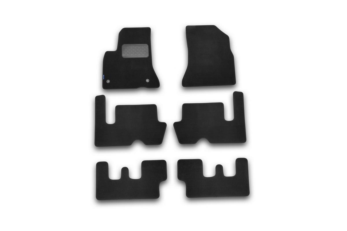 Набор автомобильных ковриков Novline-Autofamily для Citroen Grand C4 Picasso АКПП 2007-, минивэн, в салон, 6 шт. NLT.10.13.11.110khNLT.10.13.11.110khНабор автомобильных ковриков Novline-Autofamily, изготовленный из текстиля, состоит из 6 ковриков, которые учитывают все особенности каждой модели автомобиля и полностью повторяют контуры пола. Текстильные автомобильные коврики для салона произведены из высококачественного материала, который держит форму, прочный и не пачкает обувь. Коврики в салон не только улучшат внешний вид салона вашего автомобиля, но и надежно уберегут его от пыли, грязи и сырости, а значит, защитят кузов от коррозии. Текстильные коврики для автомобиля мягкие и приятные, а их основа из вспененного полиуретана не пропускает влагу. Ковры для автомобилей надежно крепятся на полу и не скользят, что очень важно во время движения. Чистятся коврики очень просто: как при помощи автомобильного пылесоса, так и различными моющими средствами. Набор подходит для Citroen Grand C4 Picasso АКПП минивэн с 2007 года выпуска.