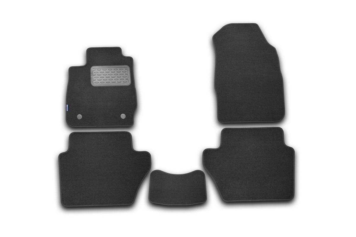Набор автомобильных ковриков Novline-Autofamily для Ford Fiesta 3D 2008-2011, хэтчбек, в салон, 5 штNLT.16.23.11.110khНабор автомобильных ковриков Novline-Autofamily, изготовленный из текстиля, состоит из 5 ковриков, которые учитывают все особенности каждой модели автомобиля и полностью повторяют контуры пола. Текстильные автомобильные коврики для салона произведены из высококачественного материала, который держит форму, прочный и не пачкает обувь. Коврики в салон не только улучшат внешний вид салона вашего автомобиля, но и надежно уберегут его от пыли, грязи и сырости, а значит, защитят кузов от коррозии. Текстильные коврики для автомобиля мягкие и приятные, а их основа из вспененного полиуретана не пропускает влагу. Ковры для автомобилей надежно крепятся на полу и не скользят, что очень важно во время движения. Чистятся коврики очень просто: как при помощи автомобильного пылесоса, так и различными моющими средствами. Набор подходит для Ford Fiesta 3D хэтчбек 2008-2011 годов выпуска.