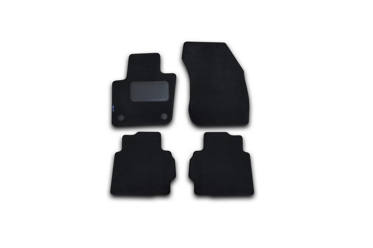 Набор автомобильных ковриков Novline-Autofamily для Ford Mondeo 2015-, седан, в салон, цвет: черный, 4 шт. NLT.16.66.11.110khNLT.16.66.11.110khНабор автомобильных ковриков Novline-Autofamily, изготовленный из текстиля, состоит из 4 ковриков, которые учитывают все особенности каждой модели автомобиля и полностью повторяют контуры пола. Текстильные автомобильные коврики для салона произведены из высококачественного материала, который держит форму, прочный и не пачкает обувь. Коврики в салон не только улучшат внешний вид салона вашего автомобиля, но и надежно уберегут его от пыли, грязи и сырости, а значит, защитят кузов от коррозии. Текстильные коврики для автомобиля мягкие и приятные, а их основа из вспененного полиуретана не пропускает влагу. Ковры для автомобилей надежно крепятся на полу и не скользят, что очень важно во время движения. Чистятся коврики очень просто: как при помощи автомобильного пылесоса, так и различными моющими средствами. Набор подходит для Ford Mondeo седан с 2015 года выпуска.