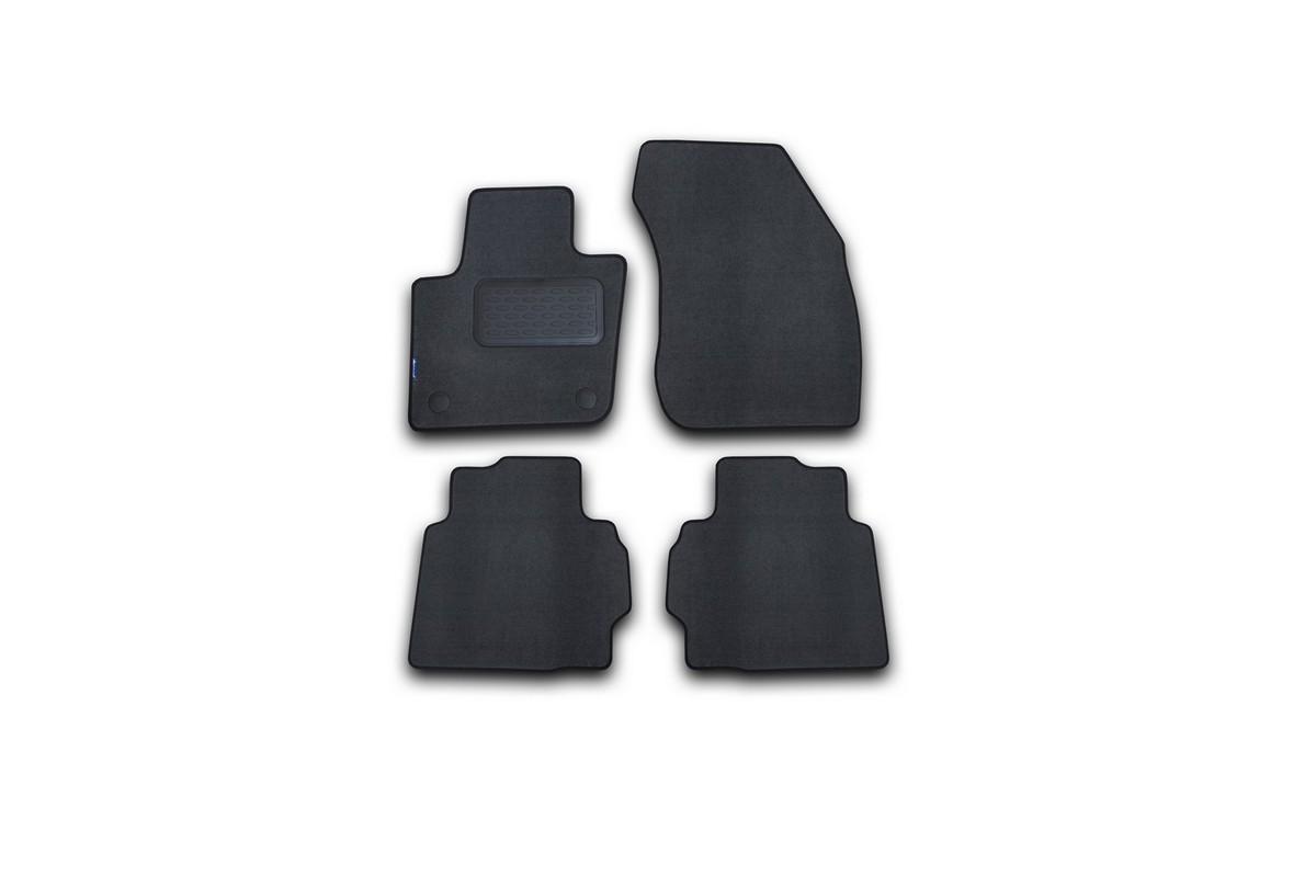 Набор автомобильных ковриков Novline-Autofamily для Ford Mondeo 2015-, седан, в салон, цвет: серый, 4 шт. NLT.16.66.11.111khNLT.16.66.11.111khНабор автомобильных ковриков Novline-Autofamily, изготовленный из текстиля, состоит из 4 ковриков, которые учитывают все особенности каждой модели автомобиля и полностью повторяют контуры пола. Текстильные автомобильные коврики для салона произведены из высококачественного материала, который держит форму, прочный и не пачкает обувь. Коврики в салон не только улучшат внешний вид салона вашего автомобиля, но и надежно уберегут его от пыли, грязи и сырости, а значит, защитят кузов от коррозии. Текстильные коврики для автомобиля мягкие и приятные, а их основа из вспененного полиуретана не пропускает влагу. Ковры для автомобилей надежно крепятся на полу и не скользят, что очень важно во время движения. Чистятся коврики очень просто: как при помощи автомобильного пылесоса, так и различными моющими средствами. Набор подходит для Ford Mondeo седан с 2015 года выпуска.