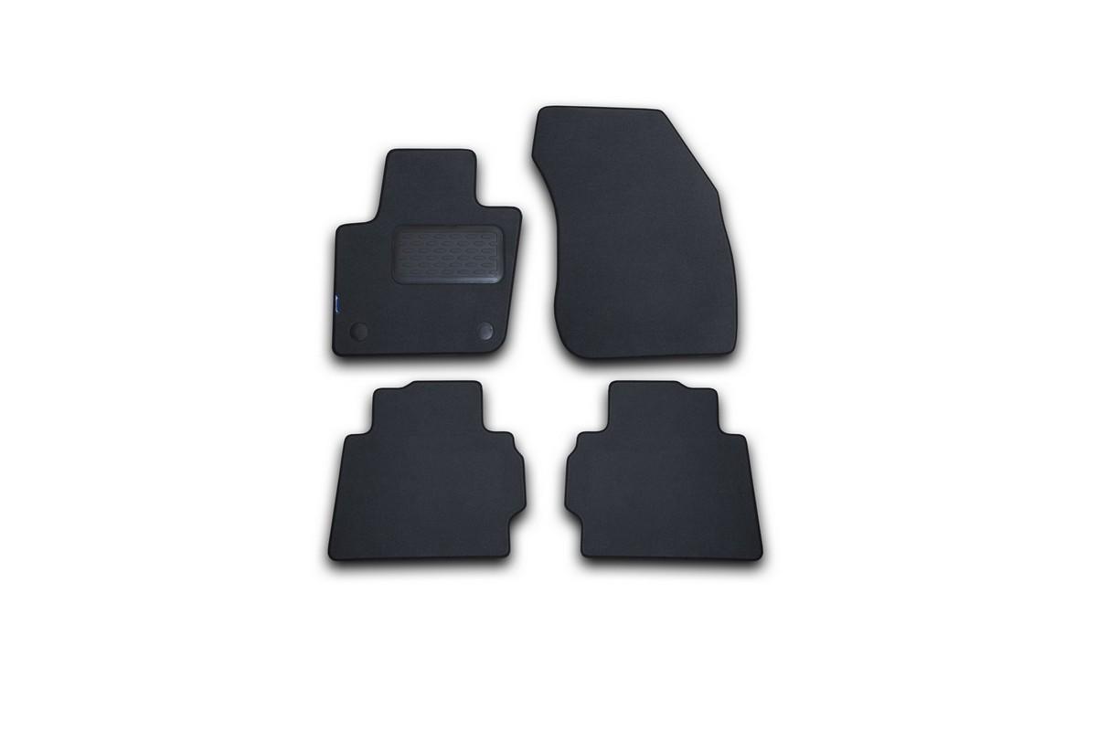 Набор автомобильных ковриков Novline-Autofamily для Ford Mondeo 2015-, седан, в салон, цвет: серый, 4 шт. NLT.16.66.22.111khNLT.16.66.22.111khНабор автомобильных ковриков Novline-Autofamily, изготовленный из текстиля, состоит из 4 ковриков, которые учитывают все особенности каждой модели автомобиля и полностью повторяют контуры пола. Текстильные автомобильные коврики для салона произведены из высококачественного материала, который держит форму, прочный и не пачкает обувь. Коврики в салон не только улучшат внешний вид салона вашего автомобиля, но и надежно уберегут его от пыли, грязи и сырости, а значит, защитят кузов от коррозии. Текстильные коврики для автомобиля мягкие и приятные, а их основа из вспененного полиуретана не пропускает влагу. Ковры для автомобилей надежно крепятся на полу и не скользят, что очень важно во время движения. Чистятся коврики очень просто: как при помощи автомобильного пылесоса, так и различными моющими средствами. Набор подходит для Ford Mondeo седан с 2015 года выпуска.
