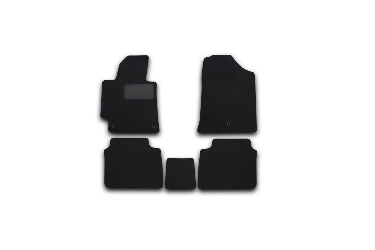 Набор автомобильных ковриков Novline-Autofamily для Hyundai Elantra 2014-, седан, в салон, 5 штNLT.20.56.22.110kНабор автомобильных ковриков Novline-Autofamily, изготовленный из текстиля, состоит из 5 ковриков, которые учитывают все особенности каждой модели автомобиля и полностью повторяют контуры пола. Текстильные автомобильные коврики для салона произведены из высококачественного материала, который держит форму, прочный и не пачкает обувь. Коврики в салон не только улучшат внешний вид салона вашего автомобиля, но и надежно уберегут его от пыли, грязи и сырости, а значит, защитят кузов от коррозии. Текстильные коврики для автомобиля мягкие и приятные, а их основа из вспененного полиуретана не пропускает влагу. Ковры для автомобилей надежно крепятся на полу и не скользят, что очень важно во время движения. Чистятся коврики очень просто: как при помощи автомобильного пылесоса, так и различными моющими средствами. Набор подходит для Hyundai Elantra седан с 2014 года выпуска.