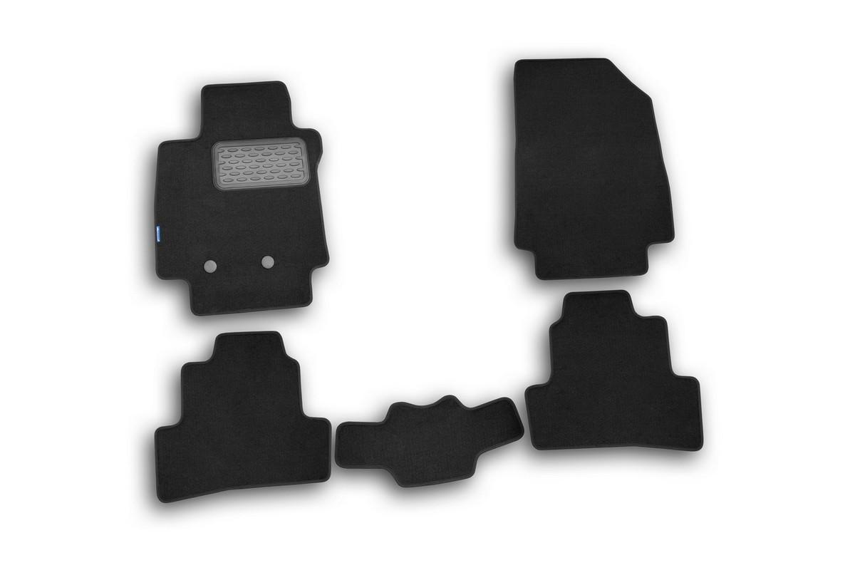 Набор автомобильных ковриков Novline-Autofamily для Renault Clio III 2009-, хэтчбек, в салон, 5 штNLT.41.12.11.110khНабор автомобильных ковриков Novline-Autofamily, изготовленный из текстиля, состоит из 5 ковриков, которые учитывают все особенности каждой модели автомобиля и полностью повторяют контуры пола. Текстильные автомобильные коврики для салона произведены из высококачественного материала, который держит форму, прочный и не пачкает обувь. Коврики в салон не только улучшат внешний вид салона вашего автомобиля, но и надежно уберегут его от пыли, грязи и сырости, а значит, защитят кузов от коррозии. Текстильные коврики для автомобиля мягкие и приятные, а их основа из вспененного полиуретана не пропускает влагу. Ковры для автомобилей надежно крепятся на полу и не скользят, что очень важно во время движения. Чистятся коврики очень просто: как при помощи автомобильного пылесоса, так и различными моющими средствами. Набор подходит для Renault Clio III хэтчбек с 2009 года выпуска.