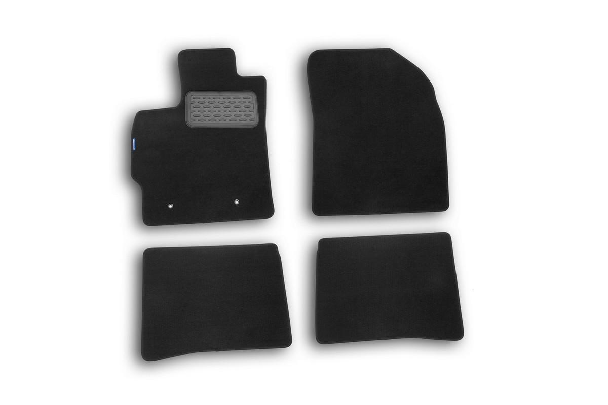 Набор автомобильных ковриков Novline-Autofamily для Toyota Prius 2010-, хэтчбек, в салон, 4 штNLT.48.53.11.110khНабор автомобильных ковриков Novline-Autofamily, изготовленный из текстиля, состоит из 4 ковриков, которые учитывают все особенности каждой модели автомобиля и полностью повторяют контуры пола. Текстильные автомобильные коврики для салона произведены из высококачественного материала, который держит форму, прочный и не пачкает обувь. Коврики в салон не только улучшат внешний вид салона вашего автомобиля, но и надежно уберегут его от пыли, грязи и сырости, а значит, защитят кузов от коррозии. Текстильные коврики для автомобиля мягкие и приятные, а их основа из вспененного полиуретана не пропускает влагу. Ковры для автомобилей надежно крепятся на полу и не скользят, что очень важно во время движения. Чистятся коврики очень просто: как при помощи автомобильного пылесоса, так и различными моющими средствами. Набор подходит для Toyota Prius хэтчбек с 2010 года выпуска.