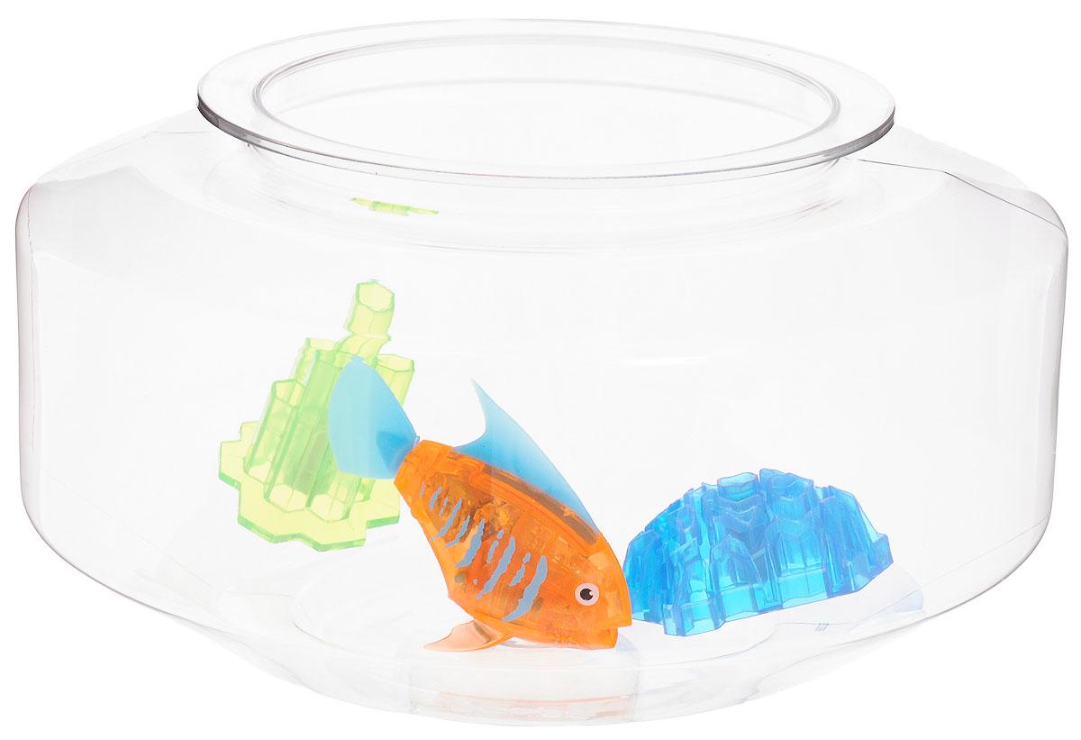 Hexbug Микро-робот Aquabot Deco с аквариумом460-4284_2Микро-робот Hexbug Aquabot Deco с аквариумом - это игровой набор из микро-робота рыбки Angelfish с дополнительным окрасом, который оживляет ее внешний вид, делая ее похожей на настоящую экзотическую рыбку и пластиковым аквариумом для нее. За микрорыбкой не требуется особый уход. Все что нужно - это емкость и вода. Попадая в жидкость, рыбка, почувствовав комфортную для себя среду, начнет шевелить плавничками и хвостом, плавая на поверхности и исследуя окружающее водное пространство, или быстро погружаясь вглубь. Спустя 5 минут непрерывных движений рыбка заснет. Постучав по стенкам аквариума, ее можно разбудить и продолжить игру. В один аквариум можно поместить несколько рыбок, вместе им будет веселее. Для работы игрушки необходимы 2 батарейки типа АG13 (товар комплектуется демонстрационными).