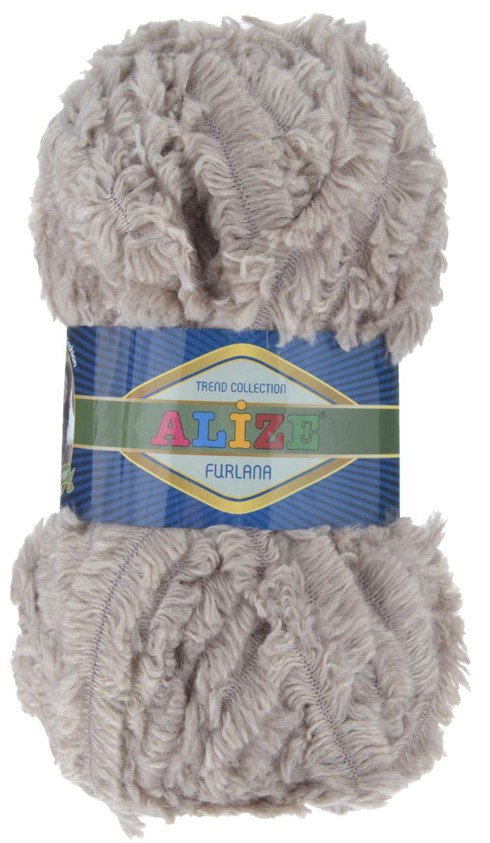 Пряжа для вязания Alize Furlana, цвет: серо-бежевый (152), 40 м, 100 г, 5 шт582007_152Alize Furlana - это полушерстяная пряжа для ручного вязания, имитирующая мех с натуральной текстурой. Нить плотно скручена, гибкая, послушная. Стойкое равномерное окрашивание обеспечивает широкую палитру оттенков, высокое качество материала и используемых красителей защищает от потери цвета. Соотношение шерсти и акрила - формула практичности. Высокие тепловые характеристики сочетаются с эстетикой, носкостью и простотой ухода за вещью. Классическая пряжа для зимнего сезона, может использоваться для детской и взрослой одежды. Alize Furlana - универсальная пряжа, которая будет хорошо смотреться в узорах любой сложности. Рекомендуемые спицы для вязания: № 8-12. Комплектация: 5 мотков. Состав: 45% шерсть, 45% акрил, 10% полиамид.