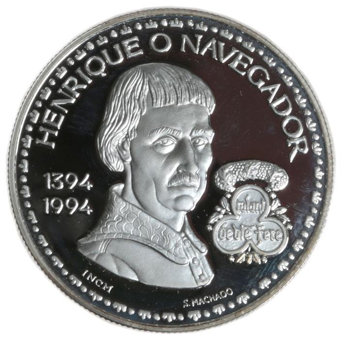 Монета номиналом 200 эскудо Энрике Навигатор. Португалия. 1994 год739Диаметр: 3.5 см. Качество чеканки: Proof. Тираж: 13000 экземпляров