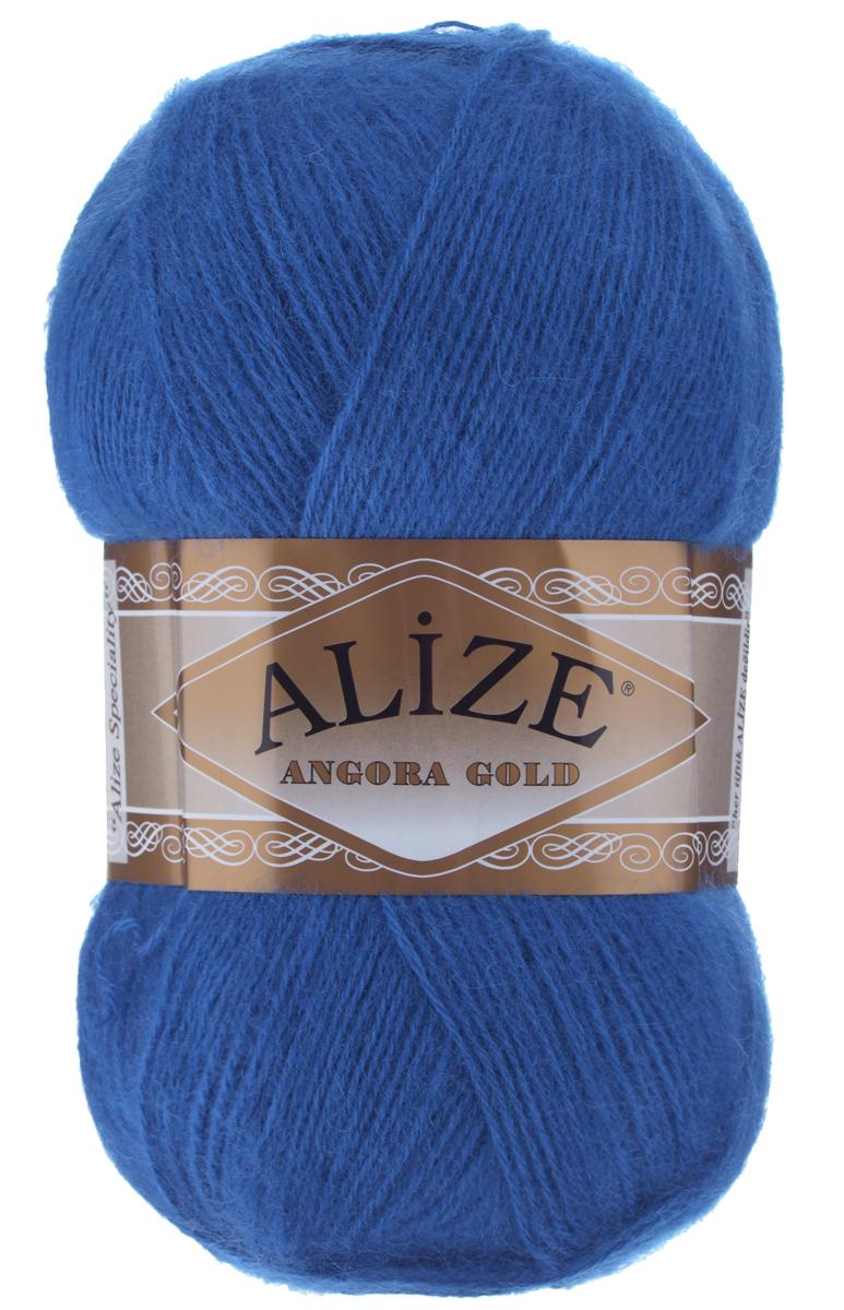 Пряжа для вязания Alize Angora Gold, цвет: синий (636), 550 м, 100 г, 5 шт364111_636Пряжа для вязания Alize Angora Gold изготовлена из акрила, мохера и шерсти, что способствует прекрасному тепловому обмену, легкости и комфорту. Ниточка тонкая, пушистая. Из такой пряжи получаются вещи, которые не требуют ни украшений, ни дополнений. Пряжа допускает самую простую и примитивную вязку, но при этом смотрится необычно благодаря своей цветовой палитре. В ее состав входит акрил, что позволяет стирать ваши изделия в стиральной машине (на деликатной стирке) и они не потеряют свою первоначальную форму. Пряжа Alize Angora Gold отлично подходит для вязания свитеров, жилетов, шарфов, шапок, шалей и многого другого. Рекомендуется ручная стирка. Рекомендованные спицы № 3-6, крючок № 2-4. Комплектация: 5 мотков. Состав: 80% акрил, 10% шерсть, 10% мохер.