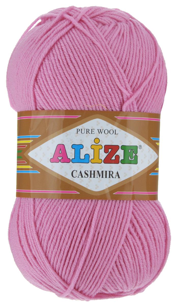 Пряжа для вязания Alize Cashmira, цвет: чайная роза (98), 300 м, 100 г, 5 шт98-993970Пряжа для вязания Alize Cashmira изготовлена из 100% шерсти. Пряжа упругая, эластичная, теплая, уютная и не колется, что очень подходит для детей. Тонкая нитка прекрасно подойдет для вязки демисезонных вещей. Пряжа легко распускается и перевязывается несколько раз, не деформируясь и не влияя на вид изделия. Натуральная шерстяная нить, обеспечивает изделию прекрасную форму. Рекомендуется ручная стирка при температуре 30°C. Рекомендуемый размер спиц 3-5 мм и крючка 2-4 мм. Толщина нити: 3 мм.