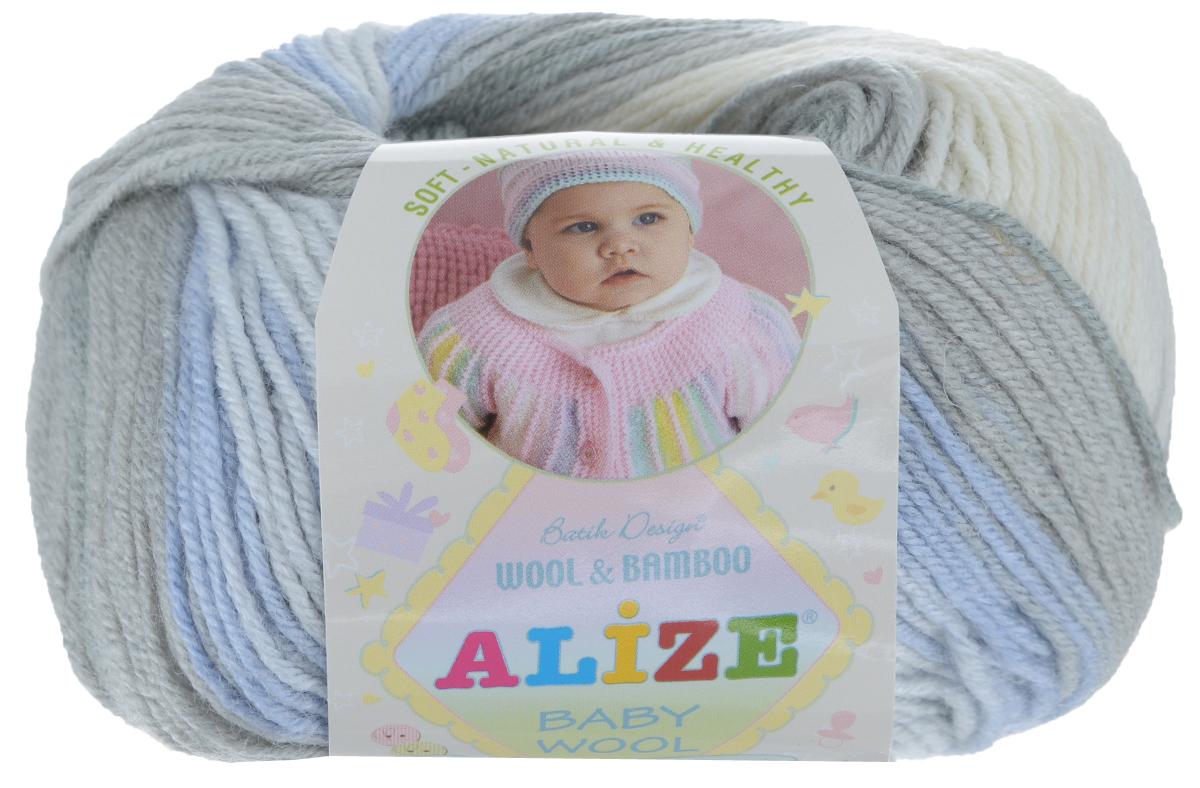 Пряжа для вязания Alize Baby Wool, цвет: серый, голубой, белый (4692), 175 м, 50 г, 10 шт372104_4692Детская пряжа для вязания Alize Baby Wool изготовлена из очень мягкой и высококачественной натуральной шерсти и бамбука. Из пряжи Baby Wool получается тонкий, но очень теплый трикотаж для ребенка. Акрил в составе нитей допускает легкую машинную стирку вещей. Цветовая палитра включает в себя комбинации, которые подходят как для мальчиков, так и для девочек. Рекомендуемые для вязания спицы 2,5-4 мм и крючки 1-3 мм. Состав: 40% шерсть, 40% акрил, 20% бамбук.