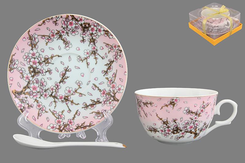 Чайная пара Elan Gallery Сакура, с ложкой, цвет: розовый730593Чайная пара Elan Gallery Сакура на розовом состоит из чашки и блюдца, выполненных из высококачественной керамики. Изделия декорированы красивым цветочным рисунком. В наборе также предусмотрена ложка. Шикарная чайная пара на 1 персону в нежных тонах станет памятным подарком. Объем чашки: 250 мл. Диаметр чашки (по верхнему краю): 9,5 см. Высота чашки: 5,5 см. Диаметр блюдца: 14 см. Длина ложки: 13 см.