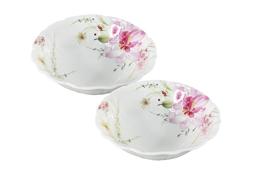 Набор салатников Colombo HD Розанна, 2 штC3-YW010-C0228-ALНабор Colombo HD Розанна состоит из 2 салатников. Изделия, изготовленные из высококачественного костяного фарфора, сочетают в себе изысканный дизайн с максимальной функциональностью. Они идеально подходят для сервировки стола и подачи закусок, солений и других блюд. Такие салатники прекрасно впишутся в интерьер вашей кухни и станут достойным дополнением к кухонному инвентарю. Рекомендуется мыть в теплой воде с применением мягких моющих средств. Диаметр салатника (по верхнему краю): 15 см.