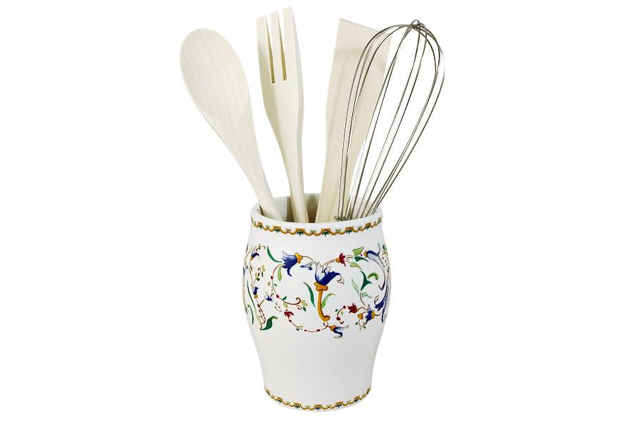 Набор кухонных принадлежностей Imari Шампань, 5 предметовIME0306-A2055ALНабор Imari Шампань состоит из ложки, вилки, лопатки, венчика и подставки. Предметы набора выполнены из высококачественного металла и дерева. Подставка выполнена из керамики. Изделия хранятся в элегантной подставке. Данный набор придаст вашей кухне элегантность, подчеркнет индивидуальный дизайн и превратит приготовление еды в настоящее удовольствие.