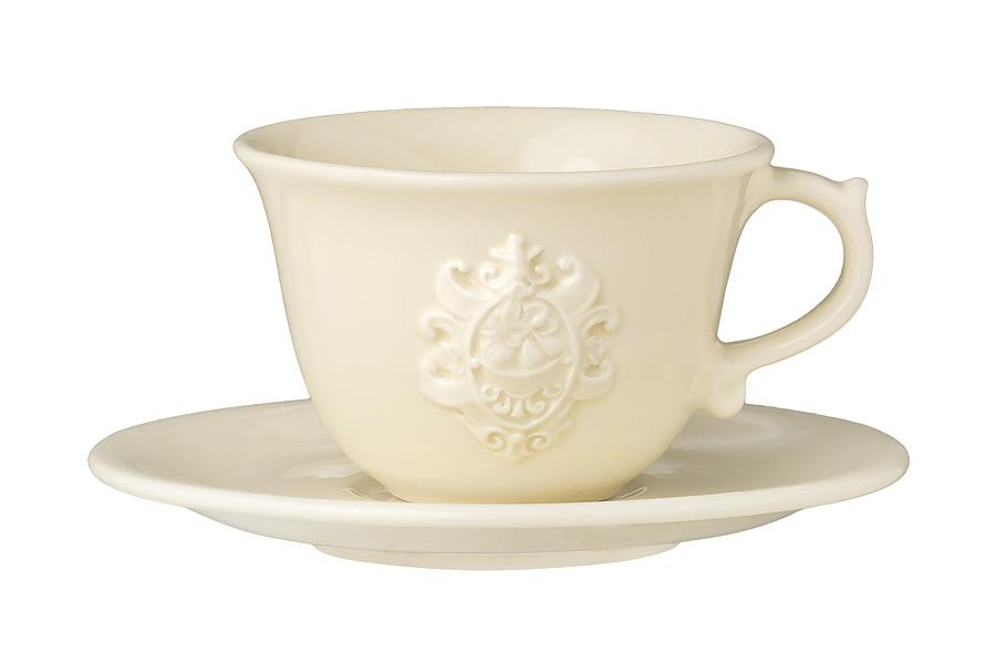 Чашка с блюдцем Аральдо (кремовый). NC8303-AVR-ALNC8303-AVR-ALДекорам торговой марки Nuova Сer присущи теплые оттенки и верность истинно итальянскому стилю, для которого характерным является довольно толстая, нарочито простая керамическая посуда с красочной, яркой глазурью, с наивной росписью и орнаментами. Ее с легкостью можно подобрать в тон интерьеру кухни. Такую посуду можно использовать в микроволновой печи и мыть в посудомоечной машине.