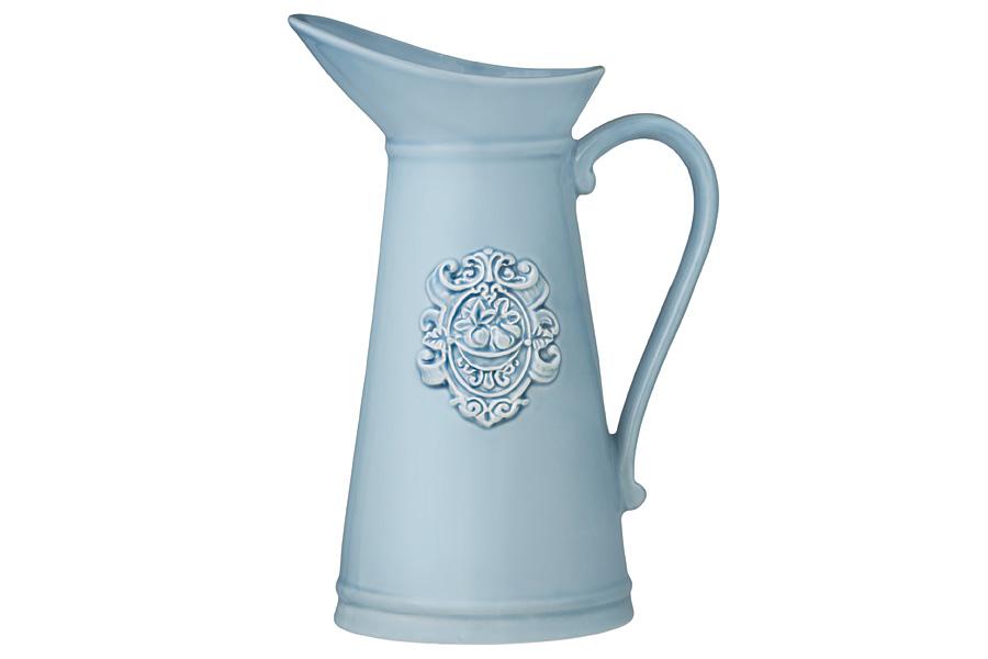 Кувшин Nuova Cer Аральдо, цвет: голубой, 1,25 лNC8305-CRZ-ALКувшин Nuova Cer Аральдо изготовлен из качественной керамики в простом однотонном дизайне. Специальная глазурь защищает изделие и придает ему особую привлекательность. Красивый лаконичный рельеф создает изысканный внешний вид. Декорам торговой марки Nuova Сer присущи теплые оттенки и верность истинно итальянскому стилю, для которого характерным является довольно толстая, нарочито простая керамическая посуда с красочной, яркой глазурью, с наивной росписью и орнаментами. Ее с легкостью можно подобрать в тон интерьеру кухни. Посуду можно использовать в микроволновой печи и мыть в посудомоечной машине.