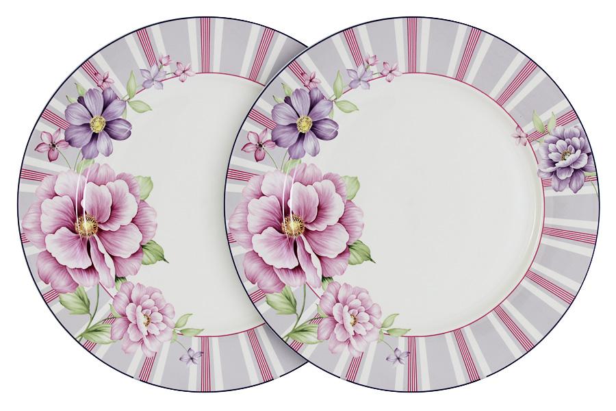 Набор обеденных тарелок Primavera Decor Цветочная феерия, диаметр 26,5 см, 2 штPW-NBCP105-111-ALНабор Primavera Decor Цветочная феерия, выполненный из высококачественного костяного фарфора, состоит из 2 обеденных тарелок, предназначенных для красивой сервировки различных блюд. Изделия украшены цветочным рисунком и имеют изысканный внешний вид. Набор сочетает в себе стильный дизайн с максимальной функциональностью. Оригинальность оформления придется по вкусу и ценителям классики, и тем, кто предпочитает утонченность и изящность. Диаметр тарелки (по верхнему краю): 26,5 см.