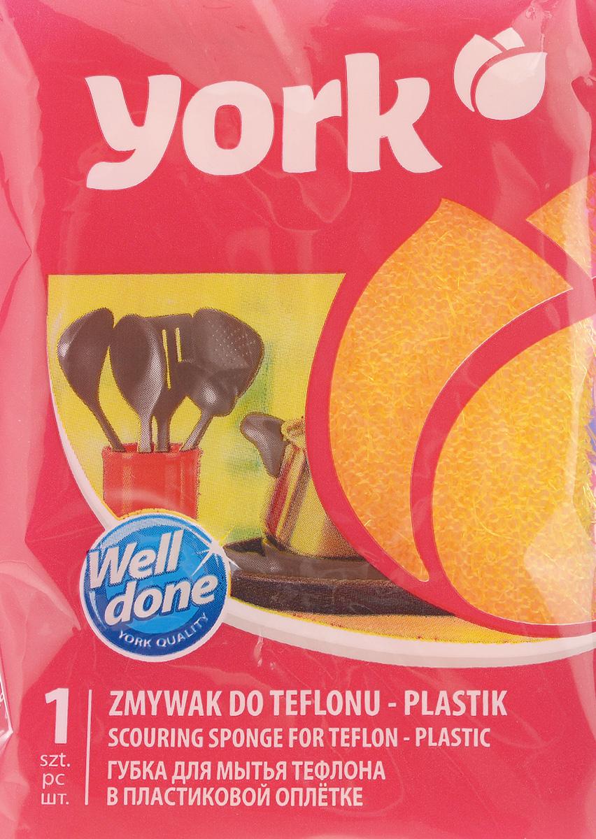 Губка для тефлона York Линда, цвет: желтый3201_желтыйГубка для тефлона York Линда используется для удаления сильных загрязнений (пригара) с деликатных поверхностей - тефлоновых кастрюль, сковородок. Покрыта пластиковой оплеткой, специальная структура которой не стирает тефлоновый слой и не царапает очищаемую поверхность. Губка хорошо пенит моющие средства, благодаря чему позволяет их экономить.