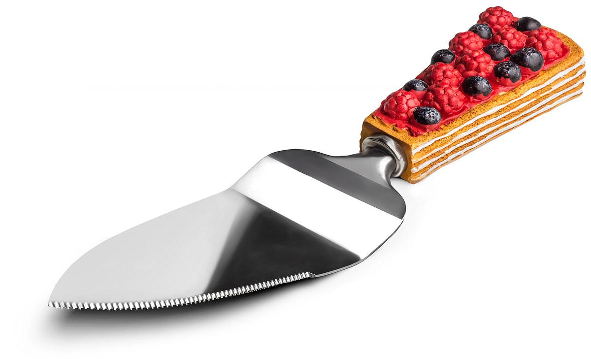 Нож-лопатка для торта Идея Сладенький, длина 23 см. SLD-01SLD-01_красный,черныйНож-лопатка для торта Идея Сладенький изготовлен из нержавеющей стали и качественного пищевого пластика. С его помощью можно не только разрезать торт или пиццу, но и подать кусочки к столу. Удобная рукоятка не позволить выскользнуть лопатке из вашей руки. Она декорирована оригинальным дизайном в виде кусочка торта. OOE-лопатка для торта Идея займет достойное место среди аксессуаров на вашей кухне. Длина ножа-лопатки: 23 см. Размер рабочей поверхности: 13 см х 5 см.