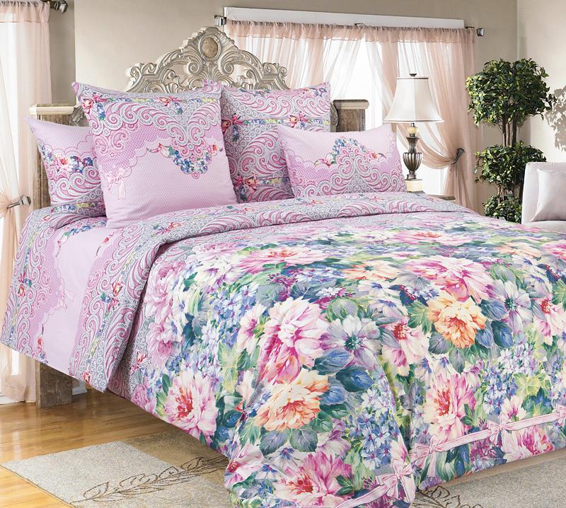 Комплект белья Текс-Дизайн Влюбленность 1, 1,5-спальный, наволочки 70х701250ПВеликолепное постельное белье Текс-Дизайн Влюбленность 1 выполнено из высококачественного перкаля (100% хлопок) и украшено изящным цветочным рисунком. Комплект состоит из пододеяльника, простыни и двух наволочек. Перкаль - это тонкая и легкая хлопчатобумажная ткань высокой плотности полотняного переплетения, сотканная из пряжи высоких номеров. При изготовлении перкаля используются длинноволокнистые сорта хлопка, что обеспечивает высокие потребительские свойства материала. Несмотря на свою утонченность, перкаль очень практичен - это одна из самых износостойких тканей для постельного белья.