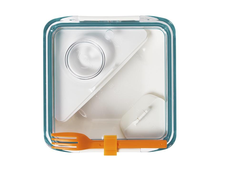 Ланч-бокс Box Appetit белый/бирюзовый. BA005BA005Для тех, кто предпочитает здоровый образ жизни и домашнюю еду! Революционный ланч-бокс, который не только удобен, практичен и долговечен, но ещё и прекрасно выглядит! По своим качествам и свойствам он больше похож на обычную керамическую посуду, но намного удобней и функциональней. Плотно закрывается на надежную вакуумную крышку с силиконовой прокладкой. Внутри - специальные закрывающиеся отделения для соуса и для гарнира. Плюс благодаря этому можно разогреть только часть обеда. - Общий объем - 880 мл. - В комплекте вилка, которая крепится на корпус. - Можно использовать в микроволновке и мыть в посудомоечной машине. Сумочка для ланч бокса в комплект не входит и продается отдельно.