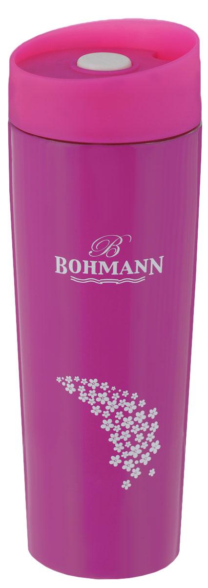 Термокружка Bohmann, цвет: розовый, 450 мл4455BH/NEW_розовыйТермокружка Bohmann выполнена из высококачественной окрашенной нержавеющей стали. Кружка оформлена надписью Bohmann и рисунком. Кружка идеально подходит как для горячих, так и для холодных напитков, надолго сохраняя их температуру. Герметичная завинчивающаяся крышка выполнена из пластика и оснащена кнопкой-фиксатором слива, что предотвращает проливание. Также имеется отверстие для питья. Можно мыть в посудомоечной машине. Диаметр термокружки по верхнему краю: 6,8 см. Диаметр дна термокружки: 5,8 см. Высота термокружки (с учетом крышки): 20,5 см.