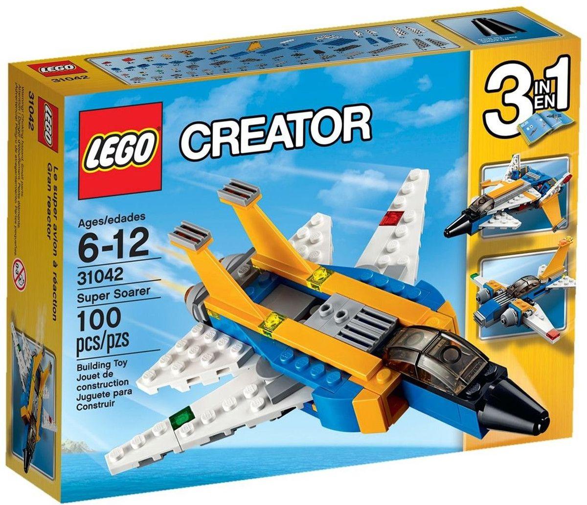 LEGO Creator Конструктор Реактивный самолет 3104231042Переходите в сверхзвуковой режим на этом удивительном реактивном самолете, раскрашенном в темно-желтый, синий и белый цвета и имеющем двойные вертикальные стабилизаторы, воздухозаборник, навигационные огни и большие двигатели. Активируйте подвижные крылья, оставьте взлетную полосу внизу и взмывайте в небо! Когда будете готовы к новому заданию по сборке, переделайте его в футуристический самолет или в классический самолет. Набор включает в себя 100 разноцветных пластиковых элемента. Конструктор - это один из самых увлекательных и веселых способов времяпрепровождения. Ребенок сможет часами играть с конструктором, придумывая различные ситуации и истории.