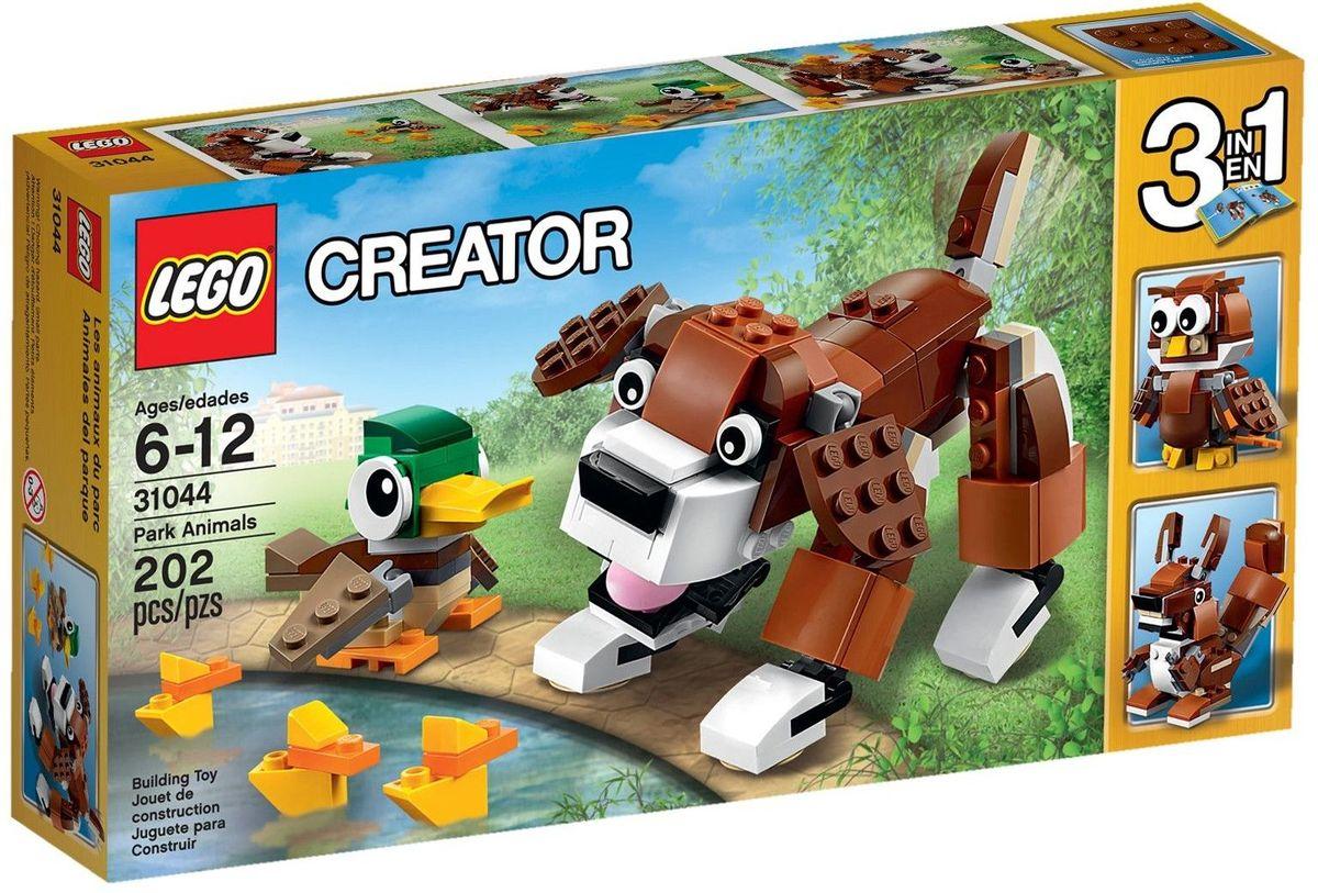 LEGO Creator Конструктор Животные в парке31044Позаботьтесь о милом лопоухом щенке с большими глазами и черным блестящим носом, и о маме-утке, оберегающей своих утят. Эти очаровательные животные в парке отличаются подлинной цветовой гаммой. Когда вам захочется перемен, переделайте их в суетливую белку или мудрую сову. Набор включает в себя 202 разноцветных пластиковых элемента. Конструктор - это один из самых увлекательных и веселых способов времяпрепровождения. Ребенок сможет часами играть с конструктором, придумывая различные ситуации и истории.