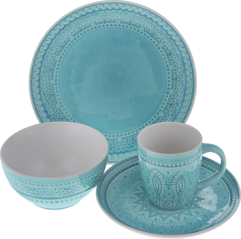 Набор столовой посуды Tongo, цвет: голубой, 4 предметаS-04b TongoНабор столовой посуды Tongo состоит из салатника, кружки, десертной тарелки, обеденной тарелки. Изделия выполнены из экологически чистой каменной керамики, покрытой сверкающей глазурью. Посуда оформлена изысканным рельефным орнаментом. Поверхность слегка потрескавшаяся, что придает изделию винтажный вид и оттенок старины. Такой набор посуды прекрасно подходит как для торжественных случаев, так и для повседневного использования. Стильный дизайн изящно украсит сервировку стола. Можно использовать в посудомоечной машине и СВЧ. Диаметр десертной тарелки: 20,5 см. Диаметр обеденной тарелки: 26,7 см. Объем салатника: 800 мл. Диаметр салатника (по верхнему краю): 16 см. Высота салатника: 8 см. Объем кружки: 350 мл. Диаметр кружки (по верхнему краю): 9 см. Высота кружки: 10 см.