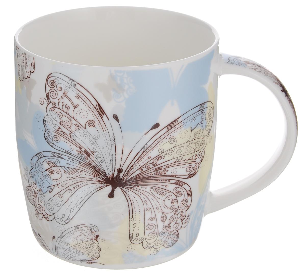 Кружка Бабочки, цвет: белый, голубой, 355 млLQB35-X404_белый, голубойКружка Бабочки изготовлена из высококачественного фарфора, покрытого слоем сверкающей глазури. Внешние стенки изделия оформлены красочным изображением бабочек. Такая кружка прекрасно подойдет для горячих и холодных напитков. Она дополнит коллекцию вашей кухонной посуды и будет служить долгие годы. Можно использовать в посудомоечной машине и СВЧ. Объем кружки: 355 мл. Диаметр кружки (по верхнему краю): 8,5 см. Высота стенки кружки: 9,5 см.