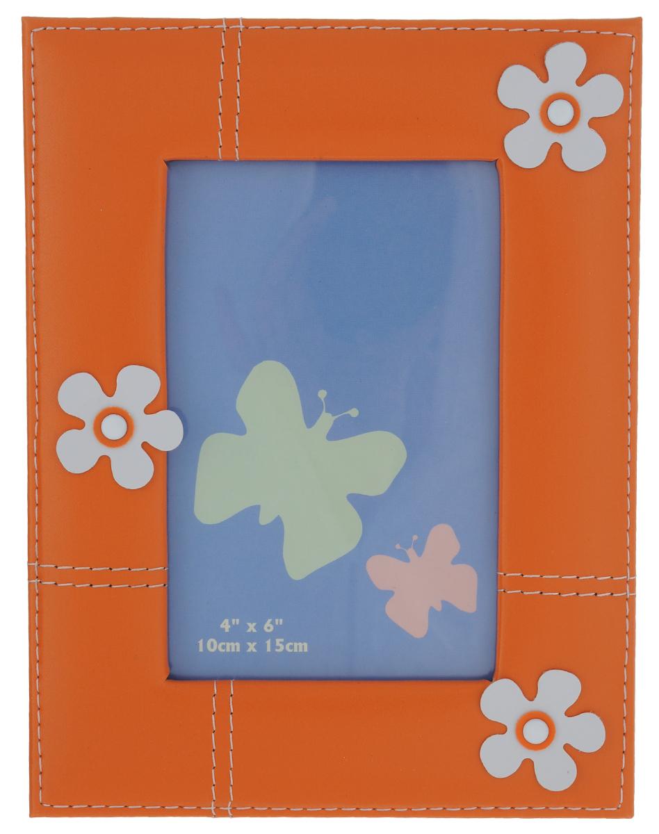 Фоторамка Pioneer Flower, цвет: оранжевый, 10 см х 15 см8705_оранжевыйФоторамка Pioneer Flower, декорированная объемными цветами, выполнена из искусственной кожи и стекла, защищающего фотографию. Оборотная сторона рамки оснащена специальной ножкой, благодаря которой ее можно поставить на стол или любое другое место в доме или офисе. Такая фоторамка поможет вам оригинально и стильно дополнить интерьер помещения, а также позволит сохранить память о дорогих вам людях и интересных событиях вашей жизни.
