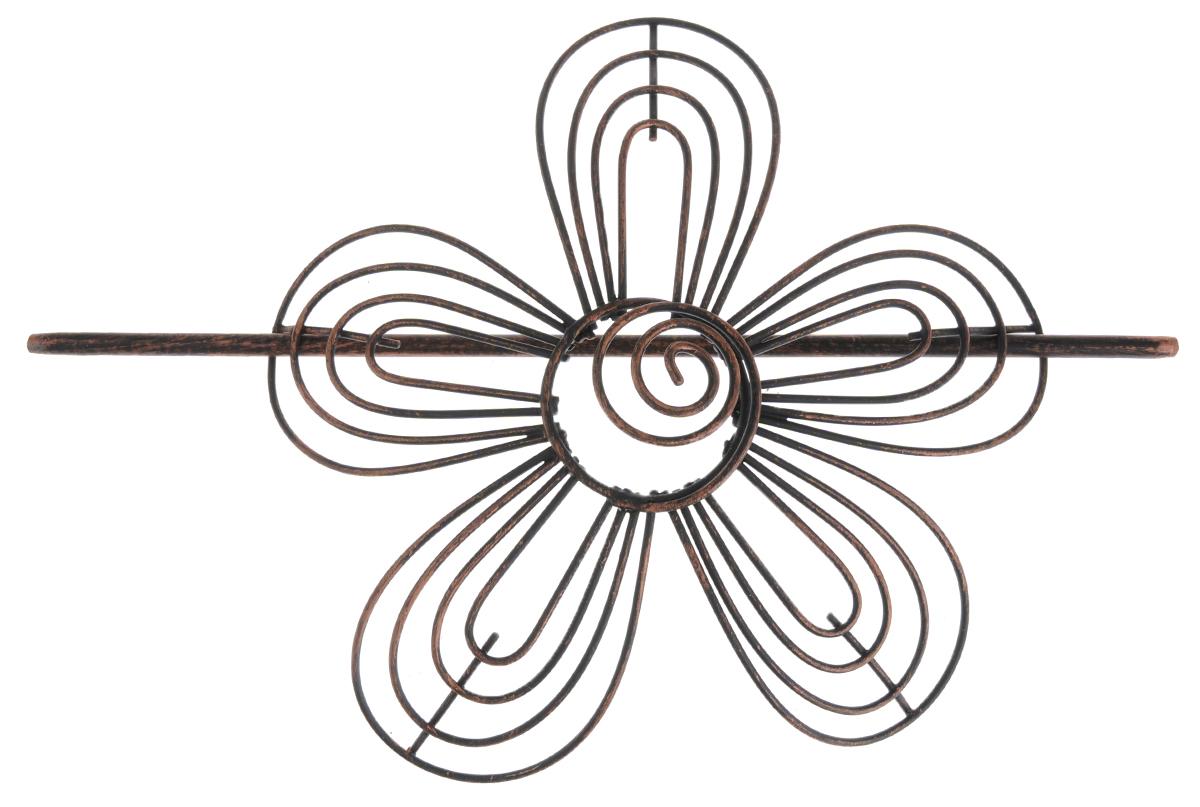 Заколка для штор Мир Мануфактуры, цвет: черный, медный697018_5 черный/медьЗаколка для штор Мир Мануфактуры выполнена из металла в виде цветка. Заколка - это основной вид фурнитуры в декоре штор, сочетающий в себе не только декоративную функцию, но и практическую - регулировать поток света. Заколки для штор способны украсить любую комнату. Размер декоративной части: 16 см х 16,3 см. Длина палочки: 23 см.