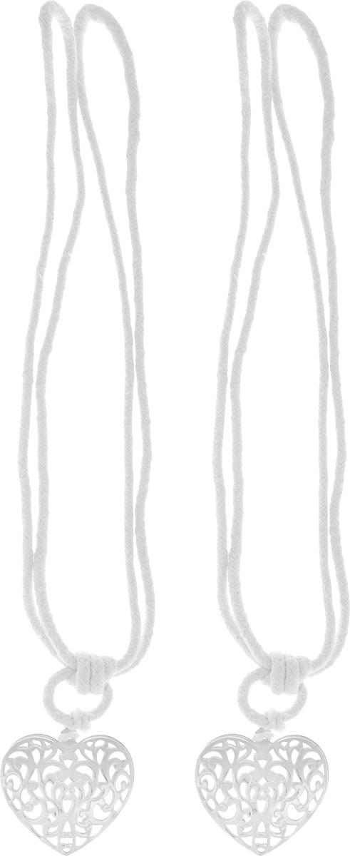 Подхват для штор Wehome Ажурное сердце, цвет: серебристый, длина 72 см, 2 шт7710623_серебряныйПодхват для штор Wehome Ажурное сердце выполнен из металла и представляет собой плотный канат с украшением в виде сердца. Подхват - это основной вид фурнитуры в декоре штор, сочетающий в себе не только декоративную функцию, но и практическую - регулировать поток света. Такой аксессуар способен украсить любую комнату. Длина подхвата: 72 см. Размер украшения: 5,3 см х 6 см.