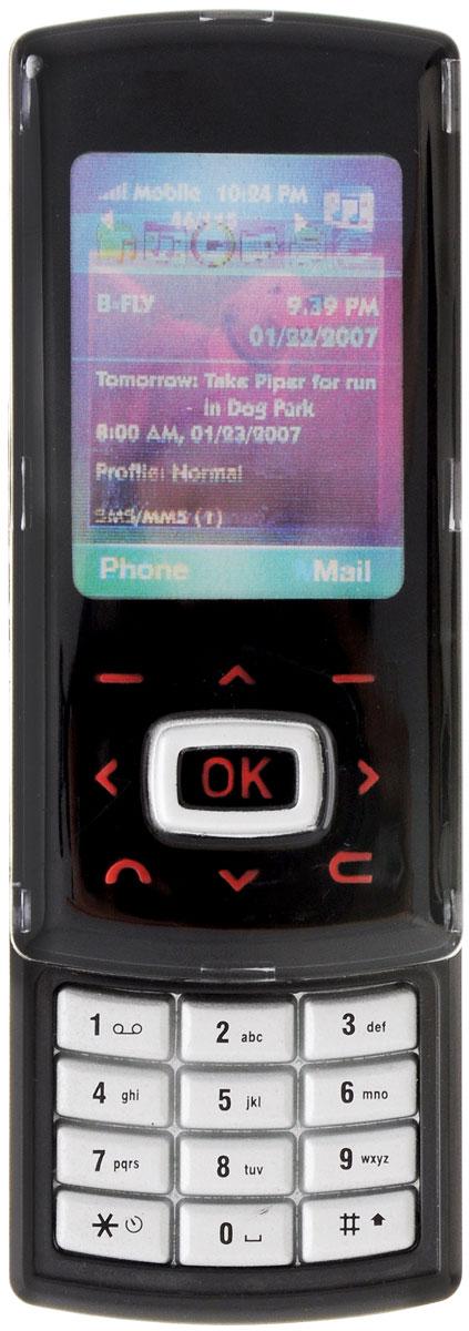 Simba Игрушка Сотовый телефон цвет черный4515521_черныйИгрушка Simba Сотовый телефон - отличный подарок, который обязательно порадует вашего ребенка! С ним он будет совершать свои первые звонки. На телефоне записаны звуки приветствия, поэтому телефон будет как бы отвечать ребенку. Он выглядит совсем как настоящий, у него есть подсветка экрана, а на корпусе - кнопки, при нажатии издающие звуки. Порадуйте своего ребенка таким замечательным подарком! Рекомендуется докупить 2 батарейки напряжением 1,5V типа LR44 (товар комплектуется демонстрационными).