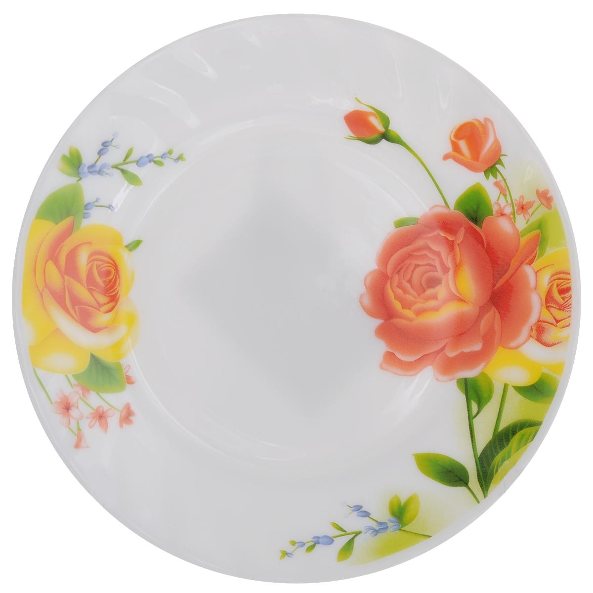Тарелка десертная Chinbull Алессио, диаметр 17,5 смHP-70/6665Десертная тарелка Chinbull Алессио изготовлена из экологически чистой стеклокерамики. Изделие оформлено красочным рисунком цветов и имеет изысканный внешний вид. Такая тарелка прекрасно подходит как для торжественных случаев, так и для повседневного использования. Идеальна для подачи десертов, пирожных, тортов и многого другого. Она прекрасно оформит стол и станет отличным дополнением к вашей коллекции кухонной посуды. Можно использовать в посудомоечной машине и СВЧ. Диаметр (по верхнему краю): 17,5 см. Высота стенки: 1,7 см.
