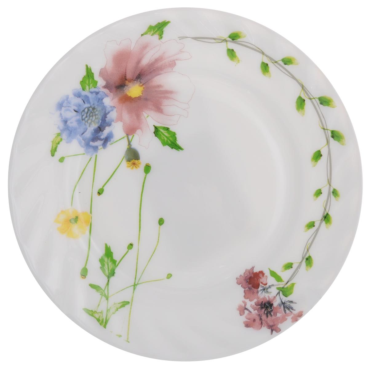 Тарелка десертная Chinbull Флоренция, диаметр 17,5 смHP-70/6646Десертная тарелка Chinbull Флоренция изготовлена из экологически чистой стеклокерамики. Изделие оформлено красочным цветочным рисунком и имеет изысканный внешний вид. Такая тарелка прекрасно подходит как для торжественных случаев, так и для повседневного использования. Идеальна для подачи десертов, пирожных, тортов и многого другого. Она прекрасно оформит стол и станет отличным дополнением к вашей коллекции кухонной посуды. Можно использовать в посудомоечной машине и СВЧ. Диаметр (по верхнему краю): 17,5 см. Высота стенки: 1,7 см.
