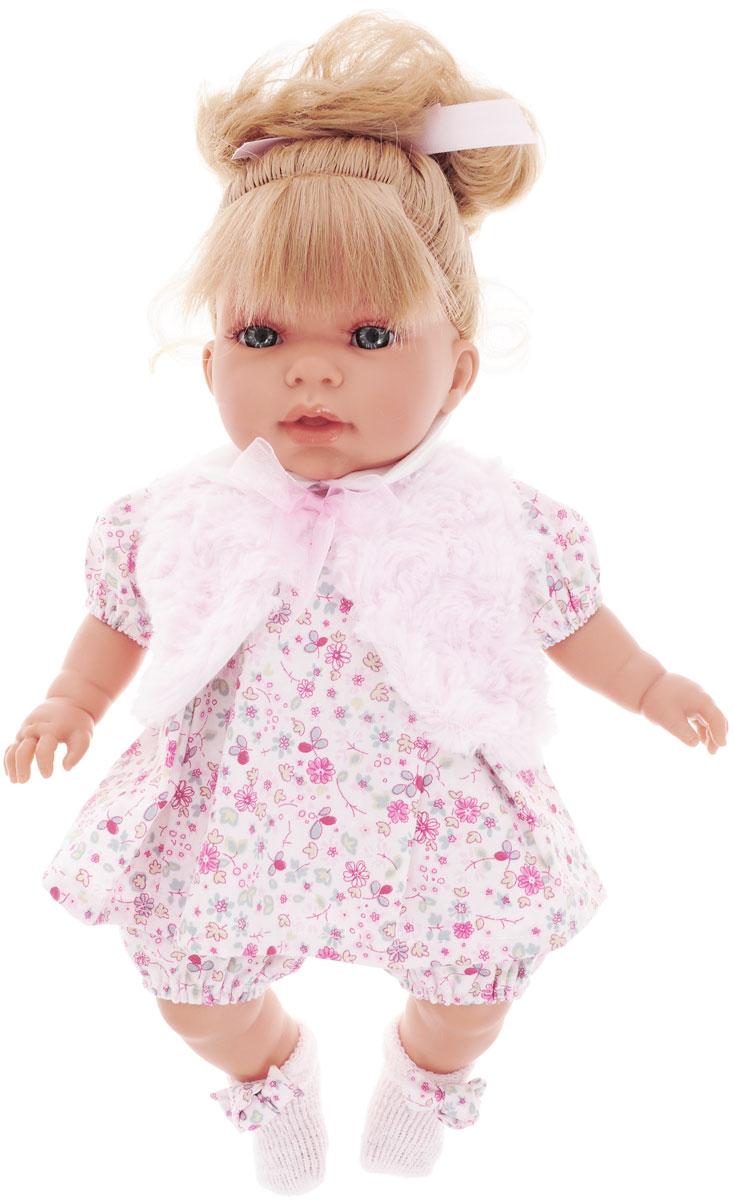 Juan Antonio Кукла Лучия в розовом платье1557PКукла Antonio Juan Лучия порадует вашу малышку и доставит ей много удовольствия от часов, посвященных игре с ней. Кукла с реалистичными серыми глазками выглядит совсем как настоящий ребенок. Она одета в платье, оформленное цветочным принтом, панталоны и очаровательную жилетку из искусственного меха, а на ножках у нее - вязаные носочки. Длинные белокурые волосы куклы украшены бантиком. Кукла выполнена с анатомической точностью. Ручки, ножки и голова подвижны и изготовлены из высококачественного винила. Кукла имеет реалистичные глаза и нежные реснички. При нажатии на животик куклы, она скажет мама или папа. Кукла имеет высокую степень детализации и заинтересует не только детей, но и взрослых коллекционеров. Игра с куклой разовьет в вашей малышке чувство ответственности и заботы. Порадуйте свою принцессу таким великолепным подарком! Munecas Antonio Juan (куклы Антонио Хуан) - это бренд с многолетней историей! Куклы Antonio Juan производятся в Испании,...