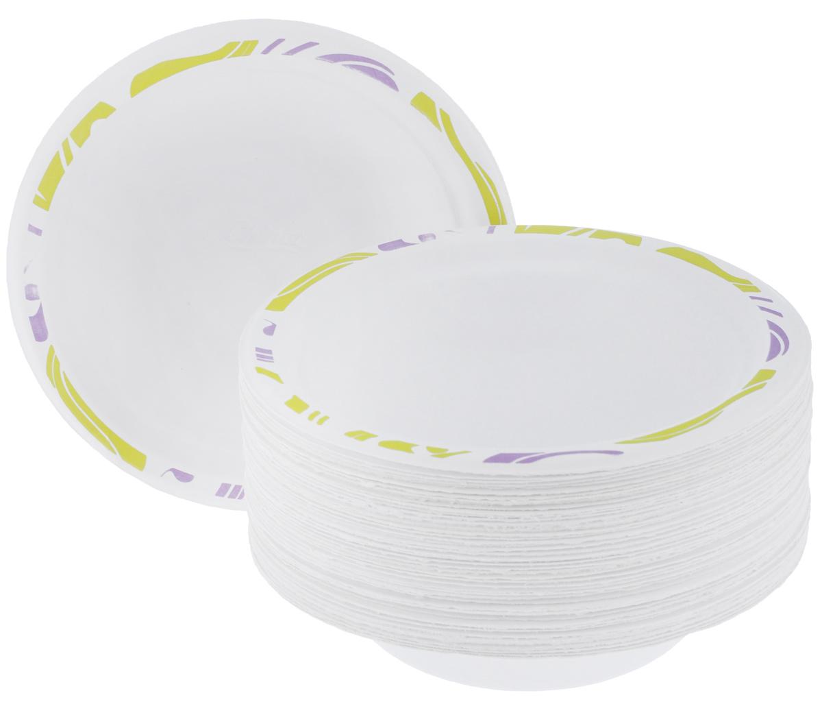 Набор одноразовых тарелок Chinet Flavour, цвет: белый, светло-зеленый, диаметр 18 см, 50 штПОС25663Набор Chinet Flavour состоит из 50 круглых тарелок, выполненных из плотной бумаги и предназначенных для одноразового использования. Изделия декорированы оригинальным узором. Одноразовые тарелки будут незаменимы при поездках на природу, пикниках и других мероприятиях. Они не займут много места, легки и самое главное - после использования их не надо мыть. Диаметр тарелки: 18 см. Высота тарелки: 1,5 см.