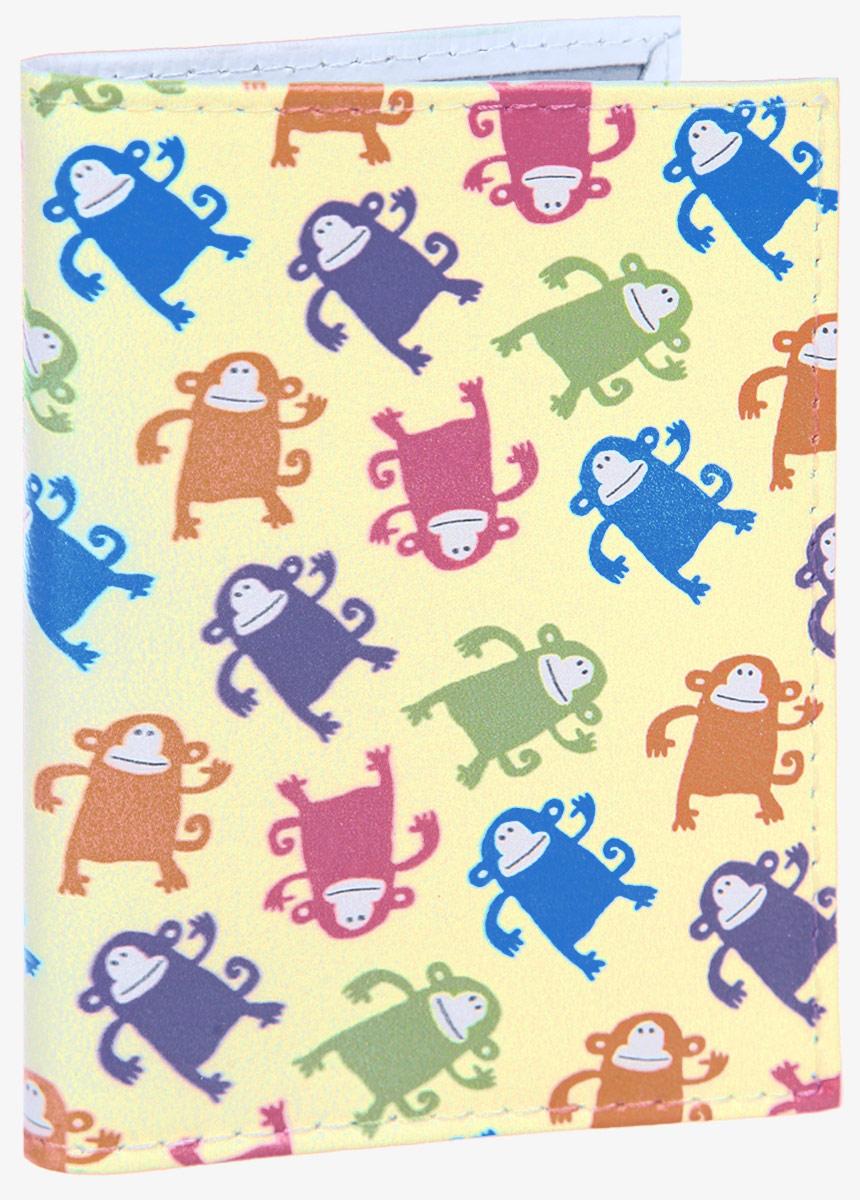 Визитница Смешные обезьянки. VIZIT309VIZIT-309Стильная визитница Mitya Veselkov Смешные обезьянки выполнена из натуральной кожи и оформлена принтом с изображением обезьянок. Изделие раскладывается пополам. Внутри расположены два накладных кармана из пластика и пластиковый вкладыш, состоящий из восемнадцати файлов для визиток. Такая визитница станет замечательным подарком человеку, ценящему качественные и практичные вещи.