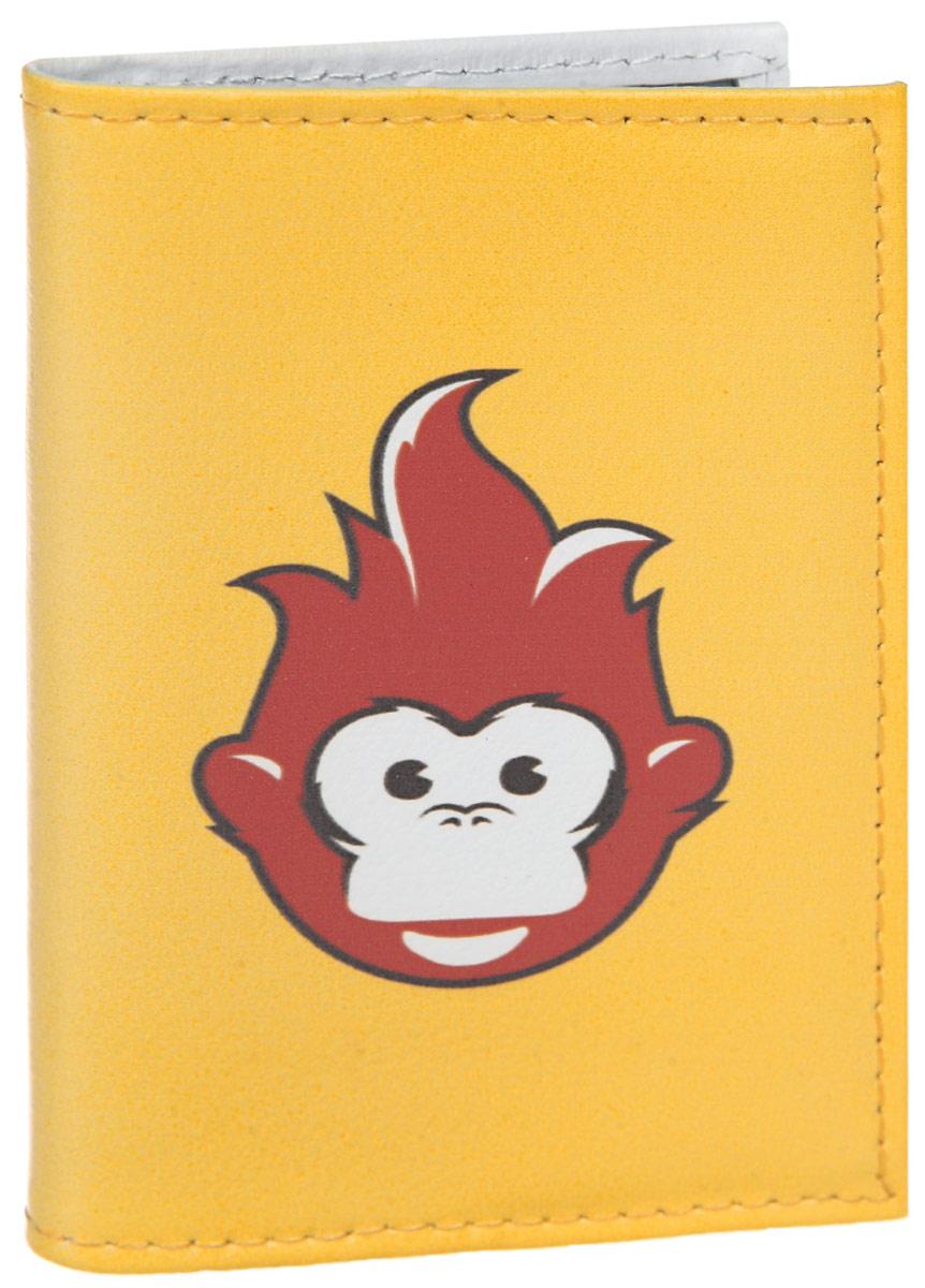 Визитница Огненная обезьяна. VIZIT308VIZIT-308Стильная визитница Mitya Veselkov Огненная обезьяна выполнена из натуральной кожи и оформлена принтом с изображением обезьянки. Изделие раскладывается пополам. Внутри расположены два накладных кармана из пластика и пластиковый вкладыш, состоящий из восемнадцати файлов для визиток. Такая визитница станет замечательным подарком человеку, ценящему качественные и практичные вещи.