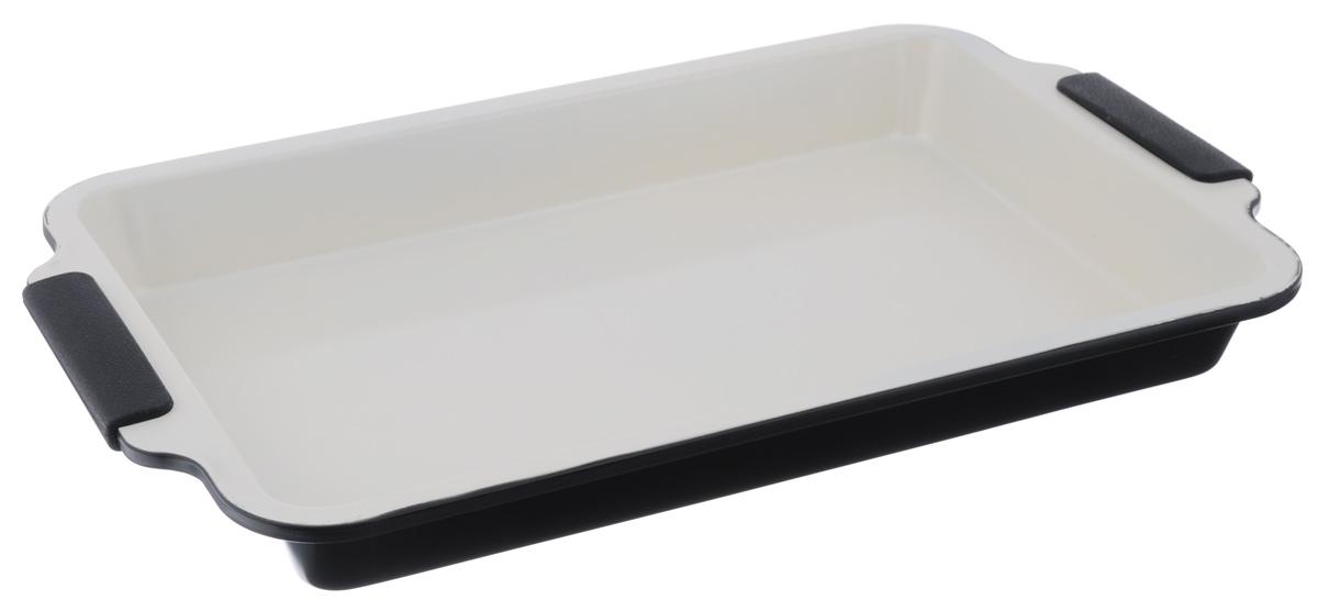 Форма для выпечки Mayer & Boch, с керамическим покрытием, цвет: черный, бежевый, 46,5 см х 29,5 см х 5 см22172_черныйФорма для выпечки Mayer & Boch с керамическим покрытием предназначена для здорового и экологичного приготовления пищи. Жаропрочные силиконовые ручки удобны в эксплуатации. Гладкая и высококачественная поверхность формы легко чистится - ее можно мыть в воде или вытирать полотенцем. Наслаждайтесь приготовлением пищи в вашей керамической форме для выпечки. Можно использовать в духовом шкафу. Размер формы с учетом ручек: 46,5 см х 29,5 см х 5 см. Внутренний размер формы: 39,5 см х 26,5 см. Толщина стенок: 1 мм.