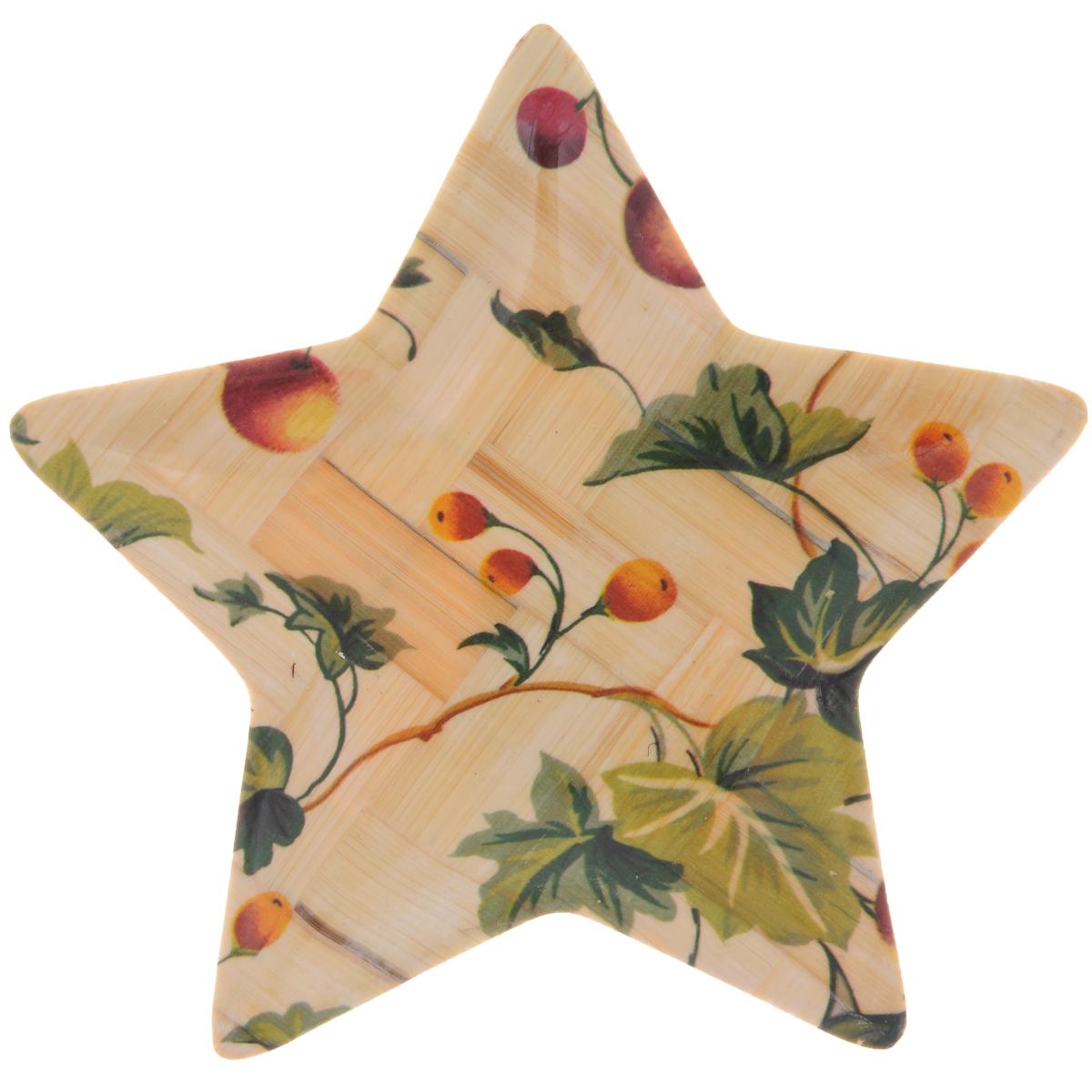 Тарелка Wanxie Звезда, цвет: бежевый, зеленый, 13,5 x 13,5 х 1 смWH-701S_бежевый, зеленыйТарелка Wanxie Звезда изготовлена из бамбука в виде звезды. Блюдо прекрасно подходит для того, чтобы подавать небольшие кусочки фруктов, ягоды и многое другое. Невероятно легкое, но в то же время крепкое и экологически чистое блюдо - незаменимый и очень полезный аксессуар на кухне, а благодаря нежной расцветке подойдет к любому интерьеру. Посуда из бамбука - интересное решение для создания эксклюзивных и стильных кухонных интерьеров. Бамбук экологичен и безопасен для здоровья, не боится влаги, устойчив к перепадам температуры. Несмотря на легкость и изящество, изделие прочно и долговечно. Посуда из бамбука проста в уходе и красива. Размер тарелки по верхнему краю: 13,5 х 13,5 см.