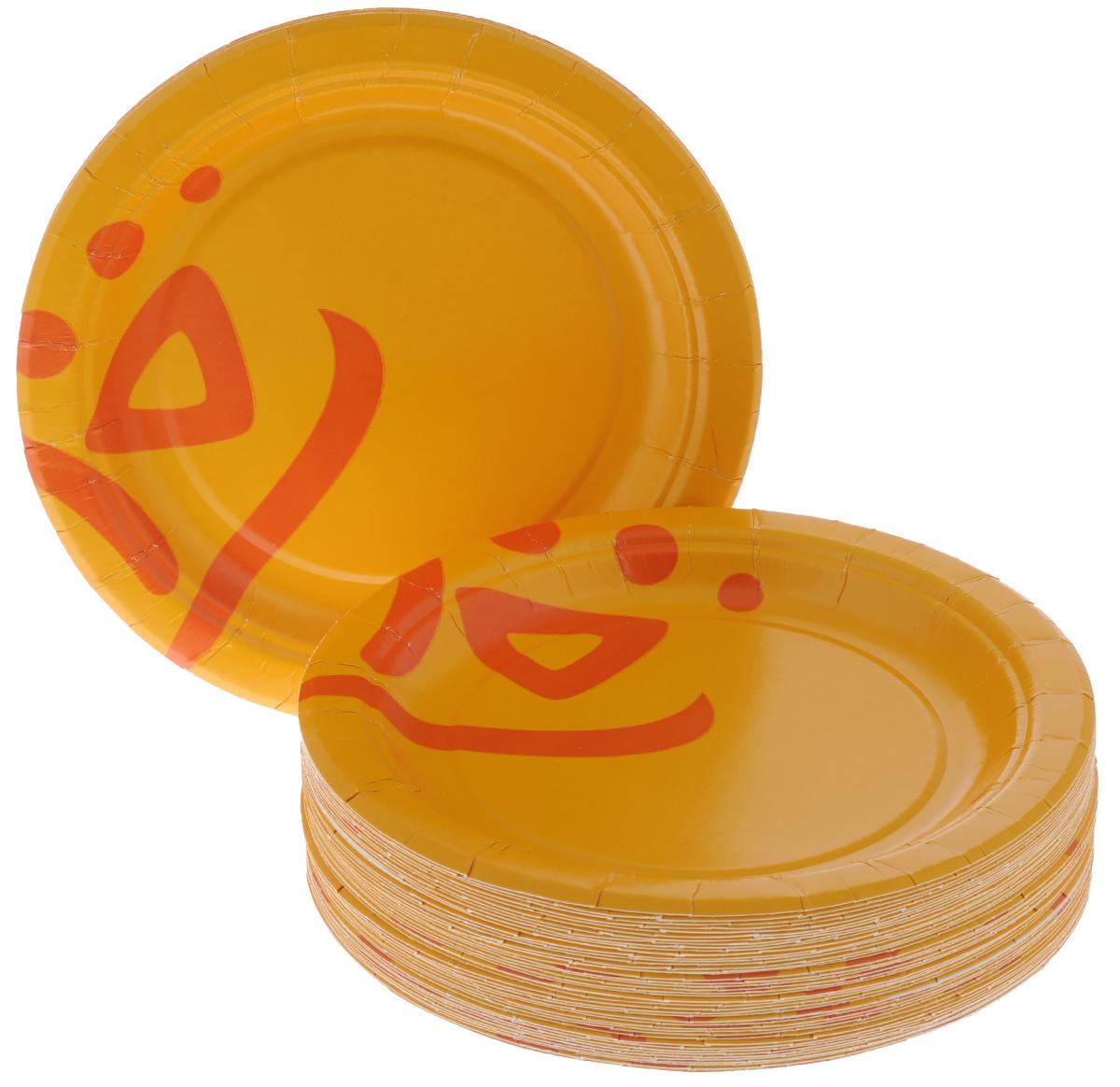 Набор одноразовых тарелок Huhtamaki Whizz, диаметр 18 см, 50 штПОС22915Набор Huhtamaki Whizz состоит из 50 круглых тарелок, выполненных из плотной бумаги и предназначенных для одноразового использования. Изделия декорированы оригинальным узором. Одноразовые тарелки будут незаменимы при поездках на природу, пикниках и других мероприятиях. Они не займут много места, легки и самое главное - после использования их не надо мыть. Диаметр тарелки (по верхнему краю): 18 см. Высота тарелки: 1,5 см.