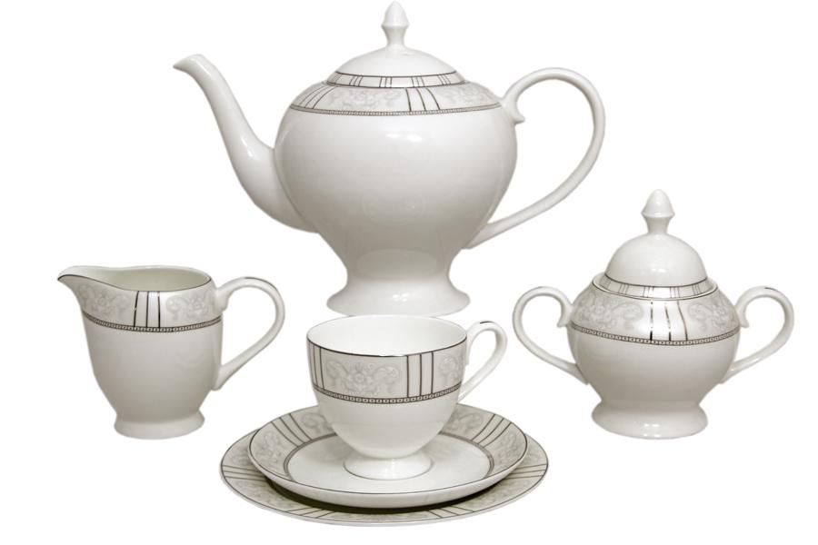 Чайный сервиз Шенонсо 21 предмет на 6 персон. E5-10-12/21-ALE5-10-12/21-ALЧайная и обеденная столовая посуда торговой марки Emerald произведена из высококачественного костяного фарфора. Благодаря высокому качеству исполнения, разнообразным декорам и оптимальному соотношению цена – качество, посуда Emerald завоевала огромную популярность у покупателей и пользуется неизменно высоким спросом. Поверхность изделий покрыта превосходной сверкающей глазурью, не содержащей свинца.
