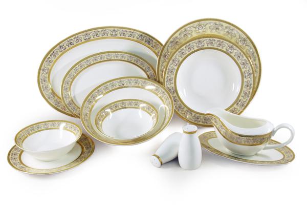 Обеденный сервиз Престиж 50 предметов на 12 персон. E6-XR11Q04G/50ALE6-XR11Q04G/50ALЧайная и обеденная столовая посуда торговой марки Emerald произведена из высококачественного костяного фарфора. Благодаря высокому качеству исполнения, разнообразным декорам и оптимальному соотношению цена – качество, посуда Emerald завоевала огромную популярность у покупателей и пользуется неизменно высоким спросом. Поверхность изделий покрыта превосходной сверкающей глазурью, не содержащей свинца.