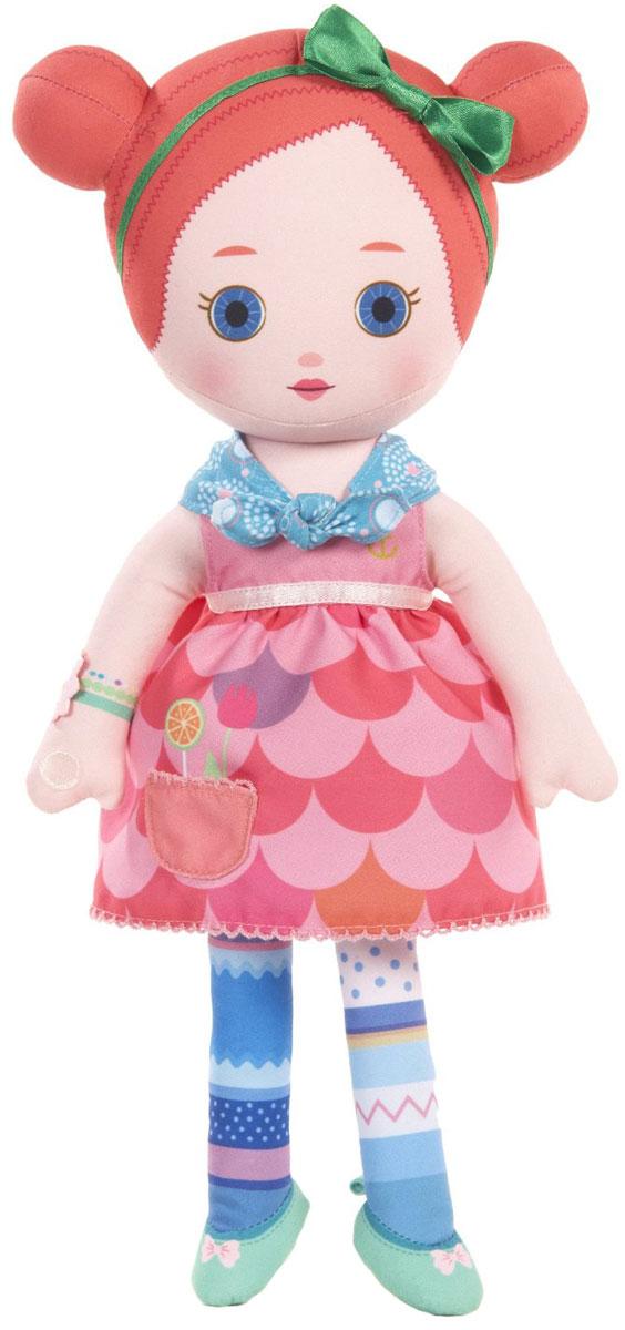 Mooshka Мягкая кукла Myra940-266_MYRAОчаровательная мягкая кукла Кукла Mooshka Myra непременно станет любимой игрушкой вашей малышки. Кукла выполнена из приятного на ощупь текстиля и не имеет твердых элементов, что делает игру с ней безопасной даже для самых маленьких малышей. Куколка одета в платье с пышной юбкой, украшенное оригинальным принтом, а на шее у нее - нежный бирюзовый шарфик. На ручках куклы расположены липучки. Также в комплект входит небольшая пальчиковая куколка, которая разнообразит игры малышки и позволит ей проявить свою фантазию, разыгрывая веселые преставления. Мира - прирожденная актриса. Ей очень нравится придумывать представления со своими друзьями. Трогательная мягкая куколка принесет радость и подарит своей обладательнице мгновения нежных объятий и приятных воспоминаний. Благодаря играм с куклой, ваша малышка сможет развить воображение и любознательность, овладеть навыками общения и научиться ответственности.
